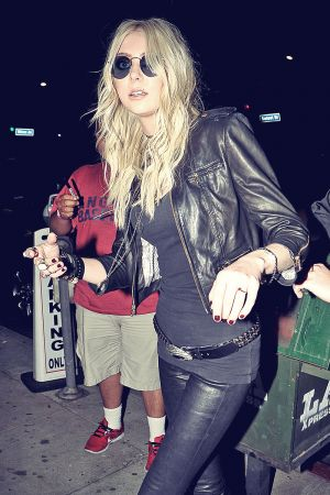 Taylor Momsen at Warwick Nightclub