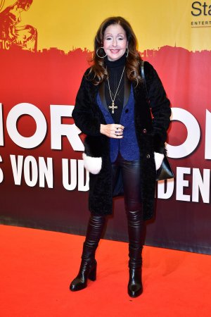 Vicky Leandros attends the red carpet at the Hinterm Horizont Musical premiere