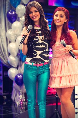 Victoria Justice and Ariana Grande singing a duet together