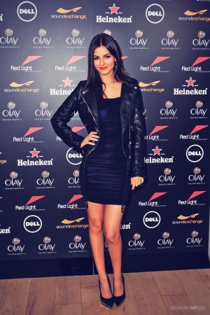 Victoria Justice attends Red Light Management Party