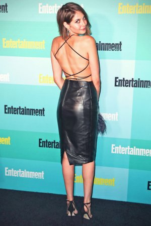 Willa Holland attends Arrow press line