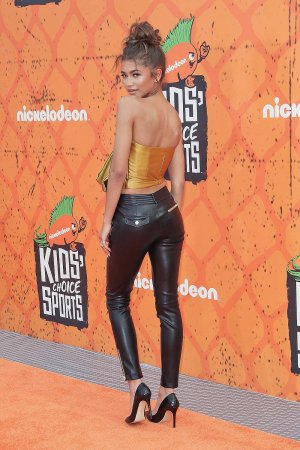 Zendaya attends Nickelodeon Kids' Choice Sports Awards 2016