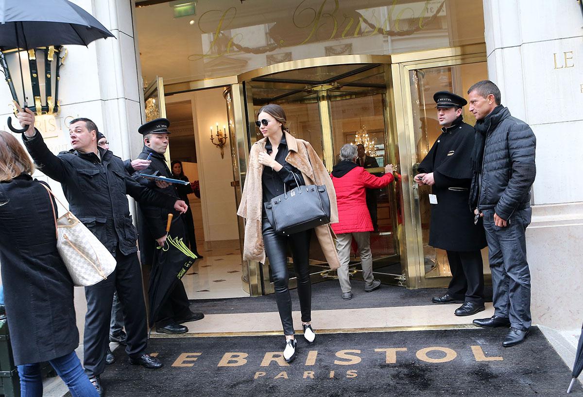 Miranda Kerr shopping at Sonia Rykiel's shop