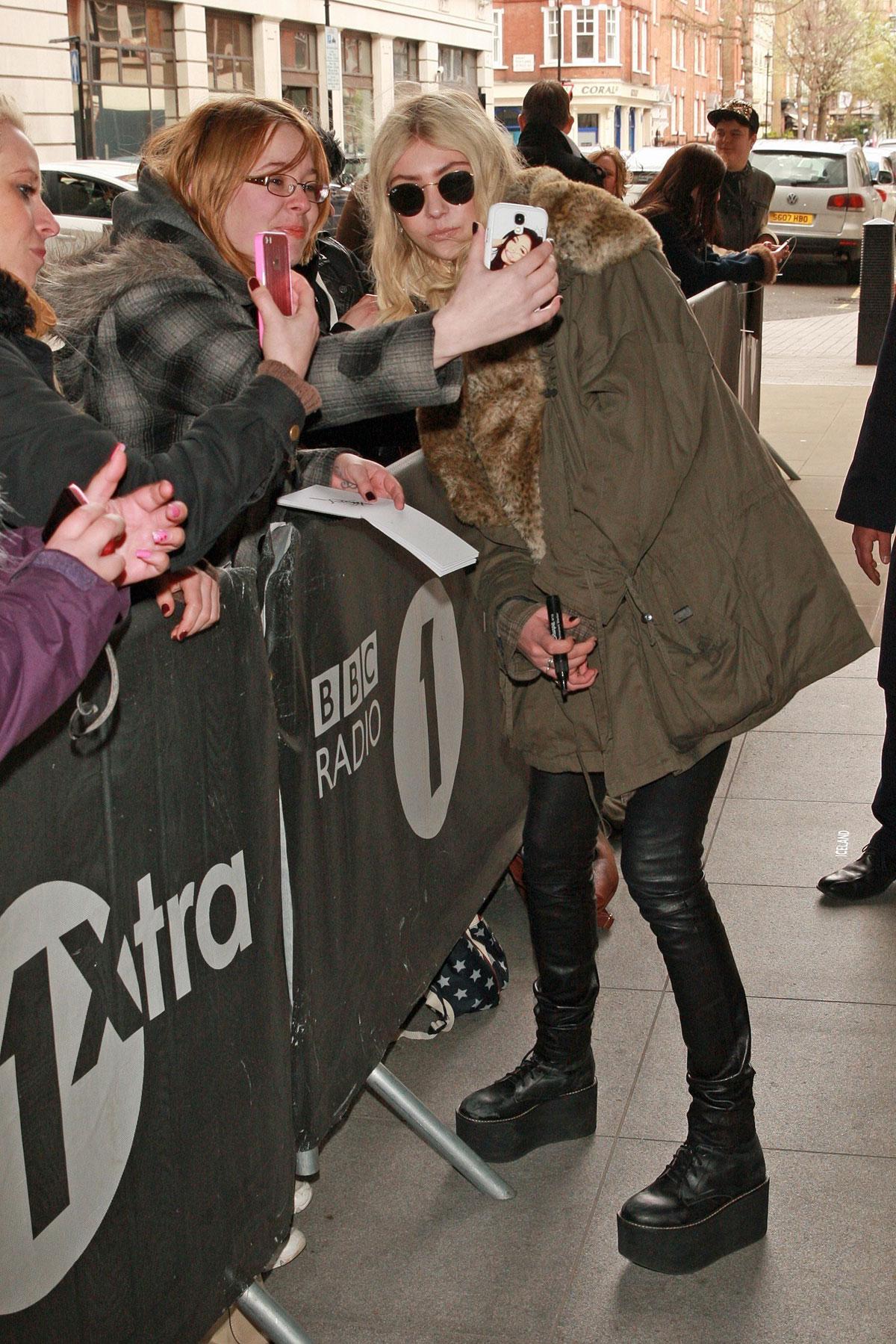 Taylor Momsen leaves BBC Radio 1 studios