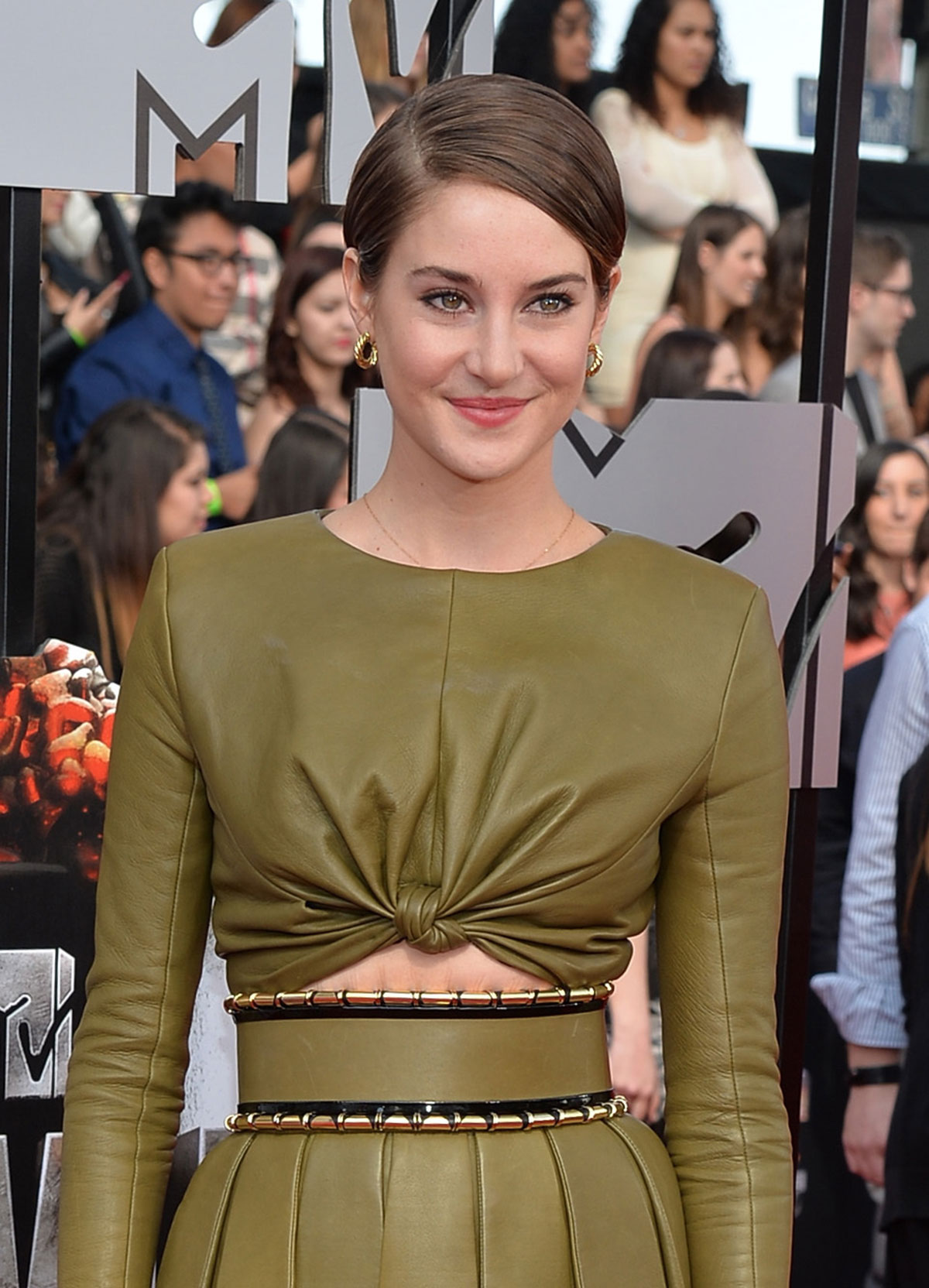 Shailene Woodley attends MTV Movie Awards