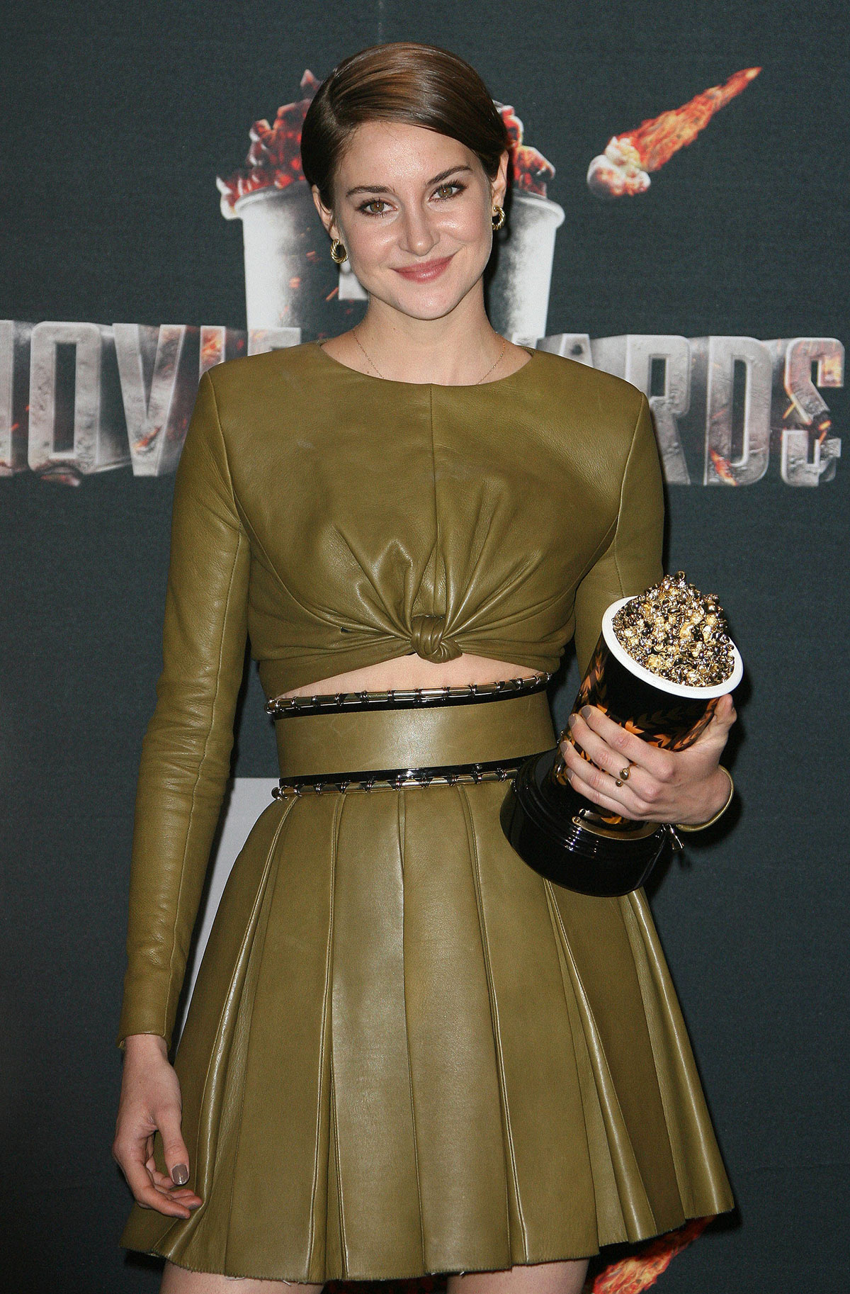 Shailene Woodley attends MTV Movie Awards