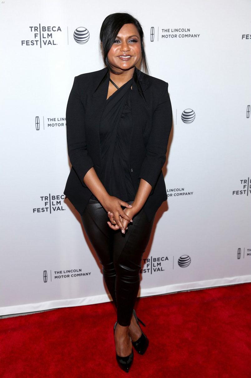 Mindy Kaling attends the premiere Alex of Venice
