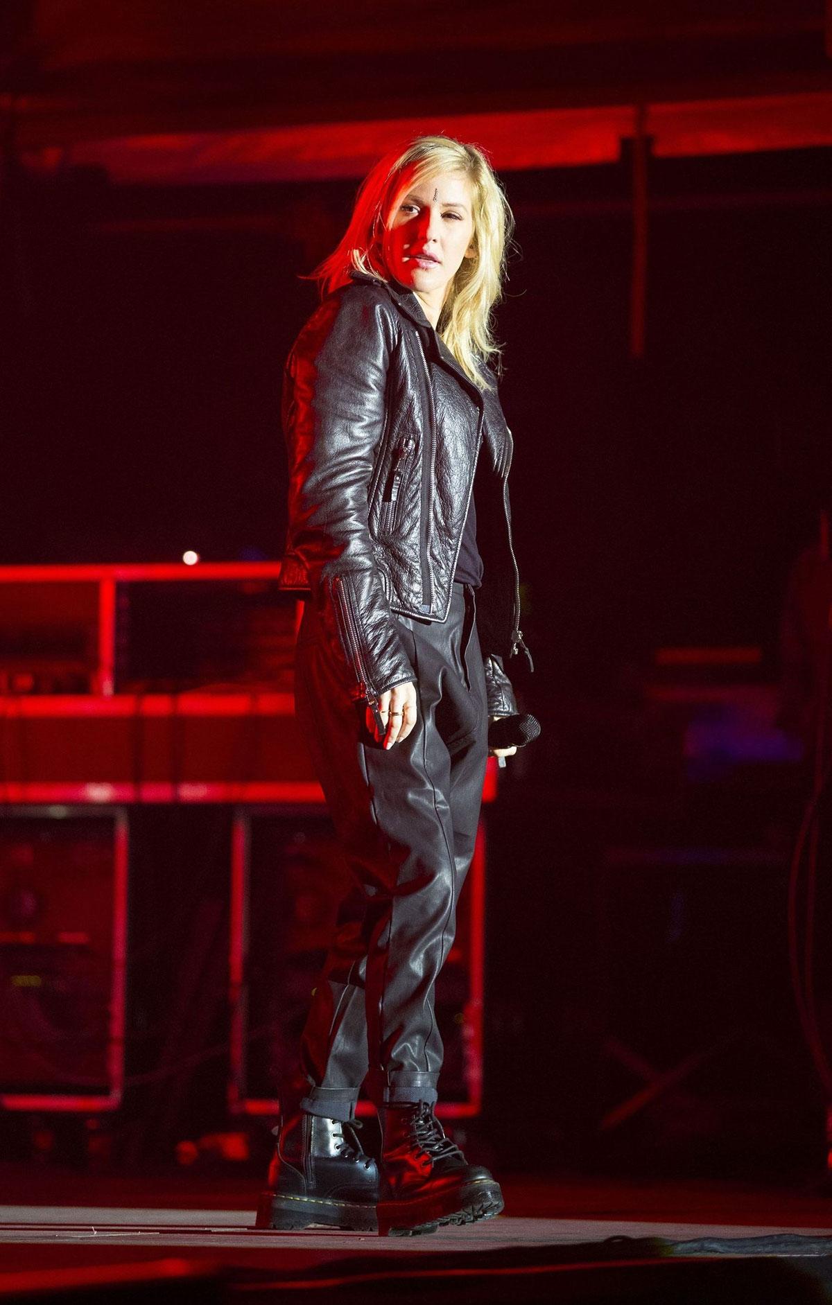 Ellie Goulding performs at Sundown Festival