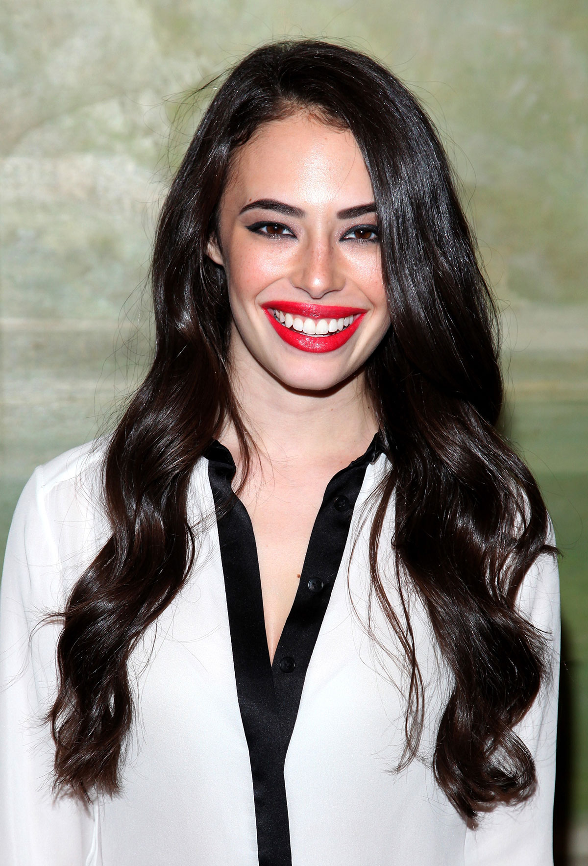 Chloe Bridges attends the Alice and Olivia by Stacey Bendet Spring 2015