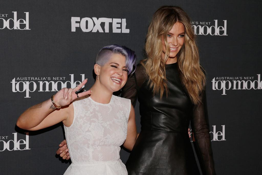 Jennifer Hawkins poses for Australia's Next Top Model