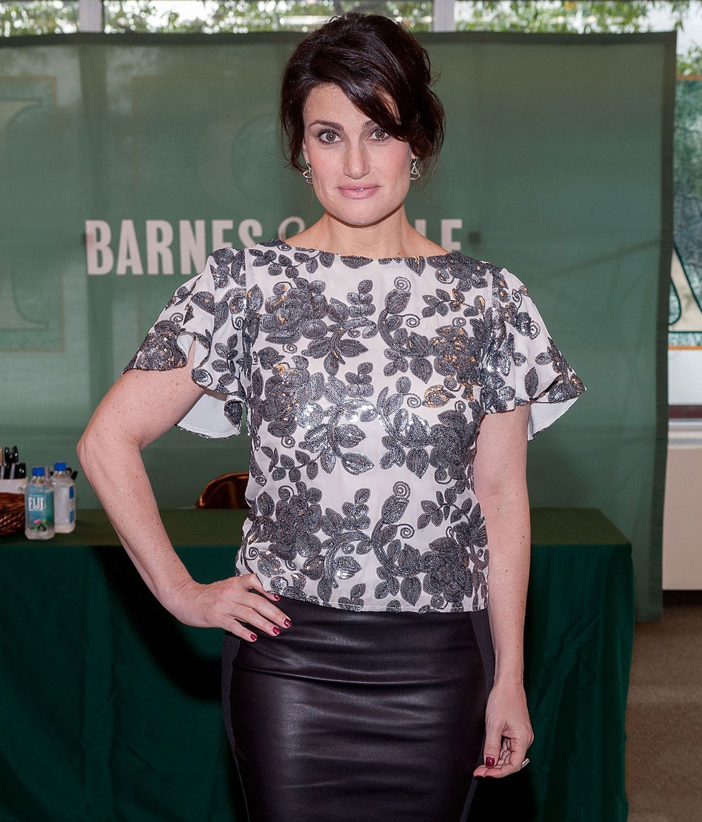 Idina Menzel was spotted at her new Christmas album Holiday Wishes signing