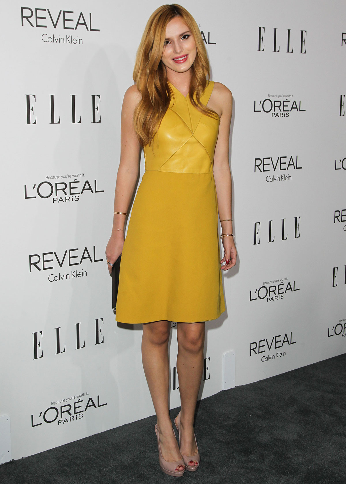 Bella Thorne attends 21st Annual ELLE Women In Hollywood Awards
