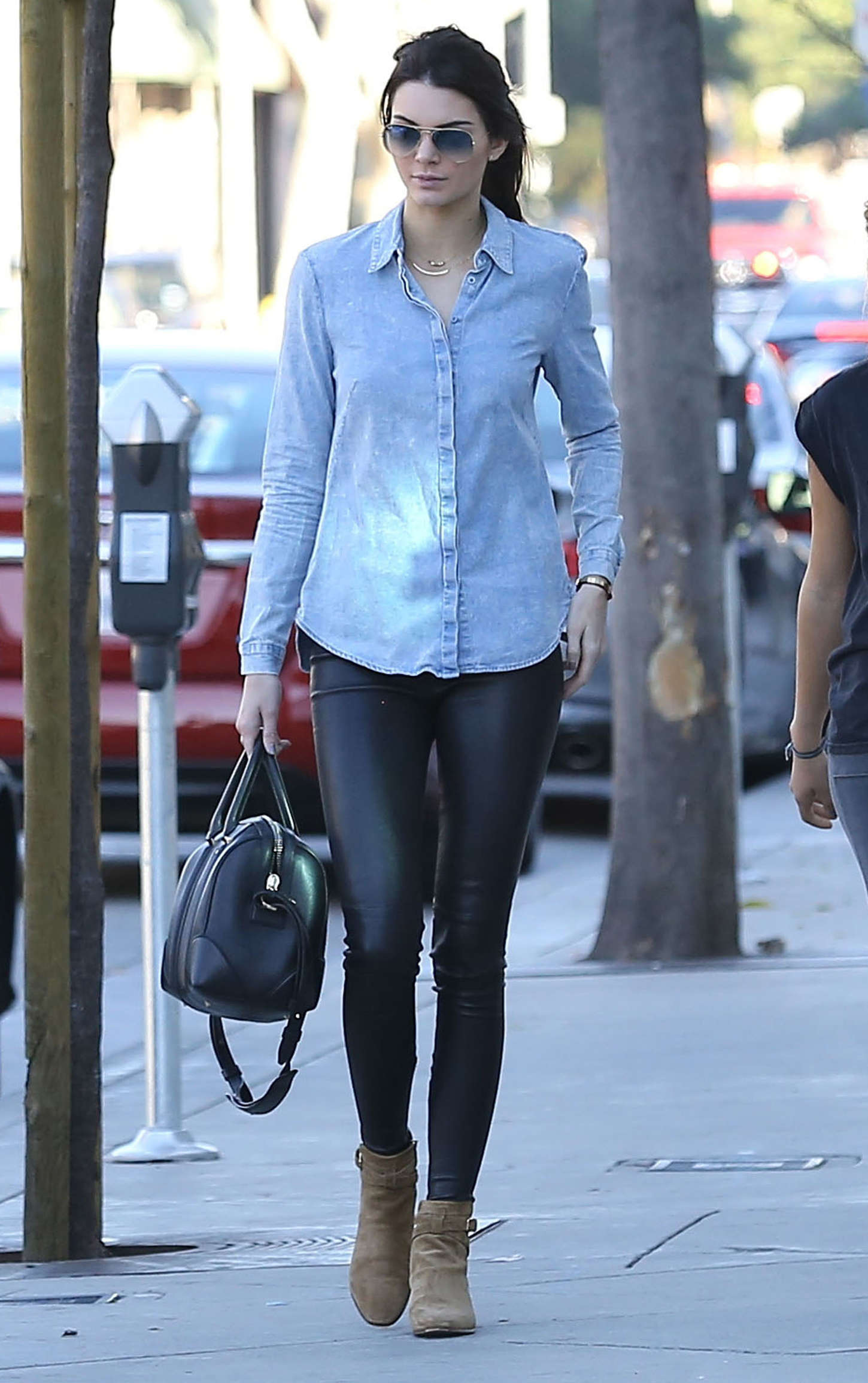Kendall Jenner shopping for furniture with friends