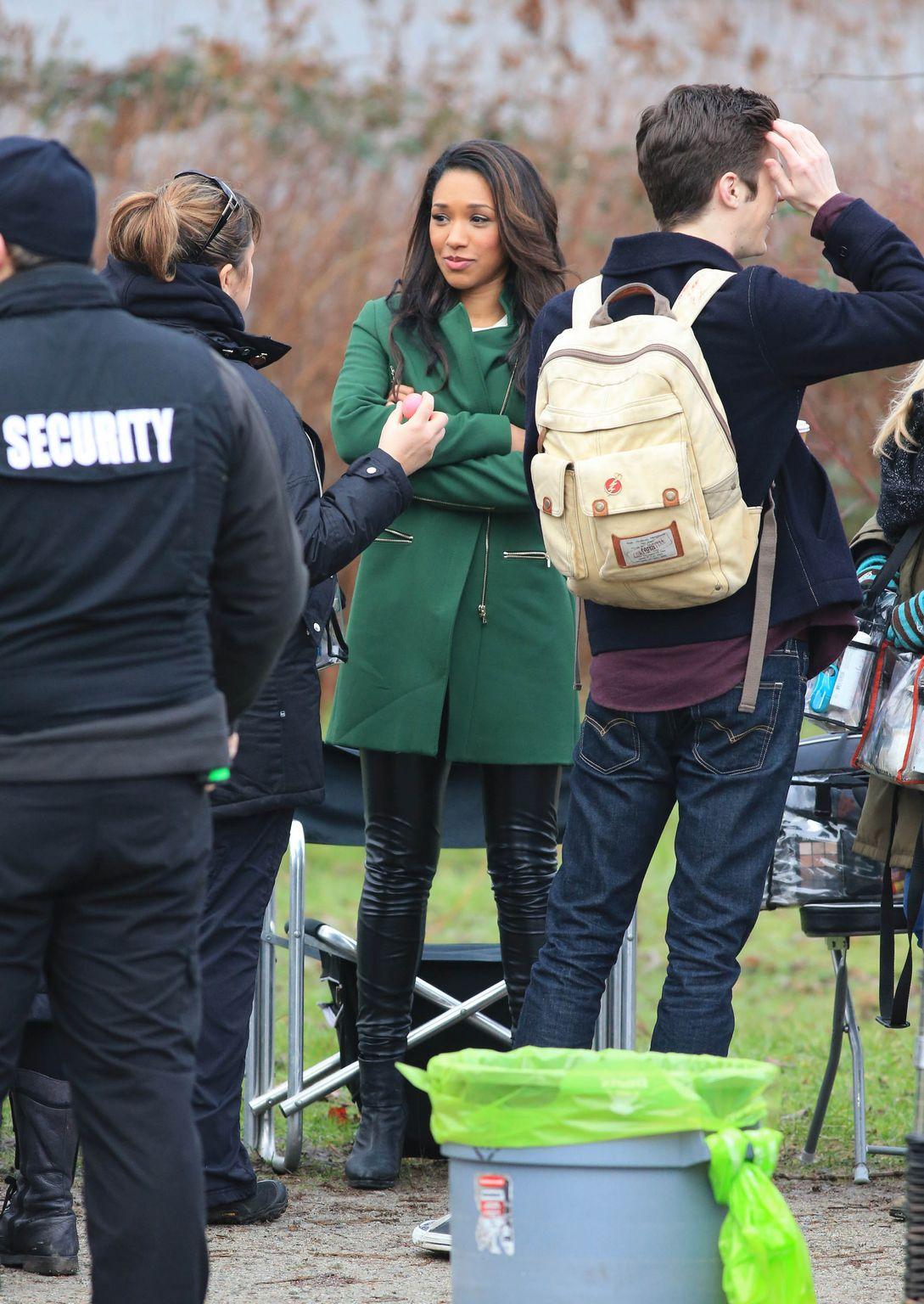 Candice Patton film scenes for The Flash