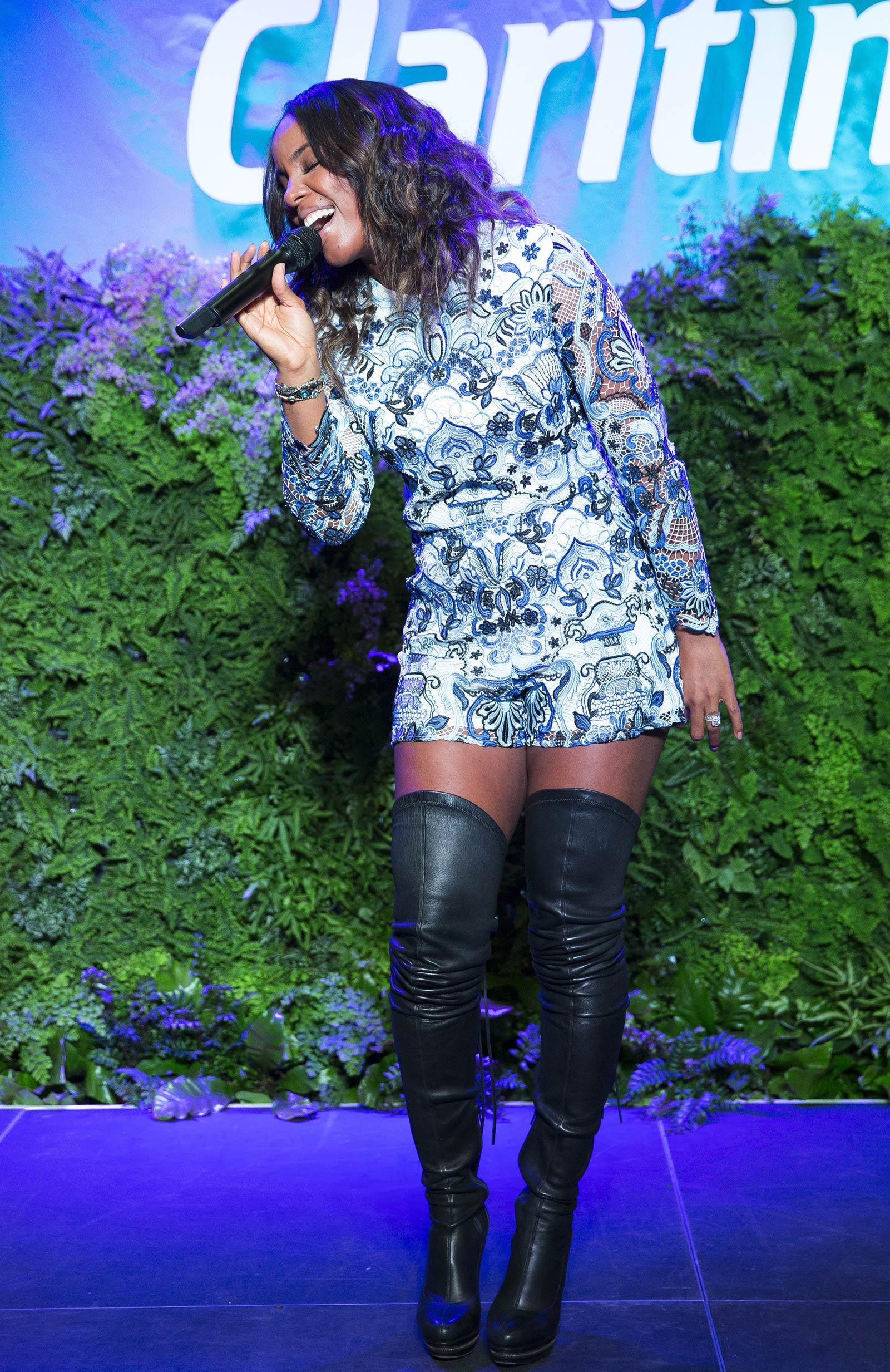 Kelly Rowland performs at the Claritin kick off spring event