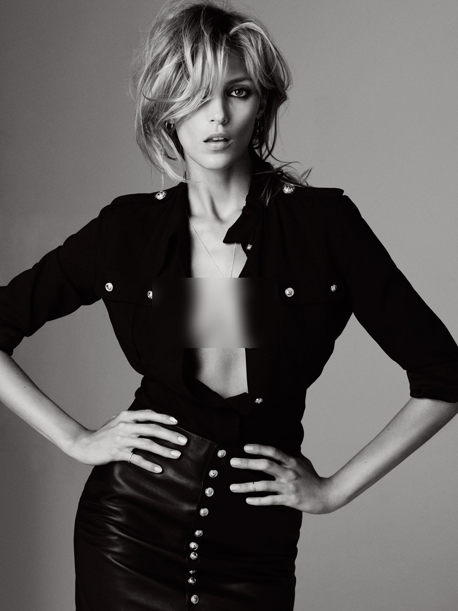Anja Rubik photoshoot for Elle Serbia