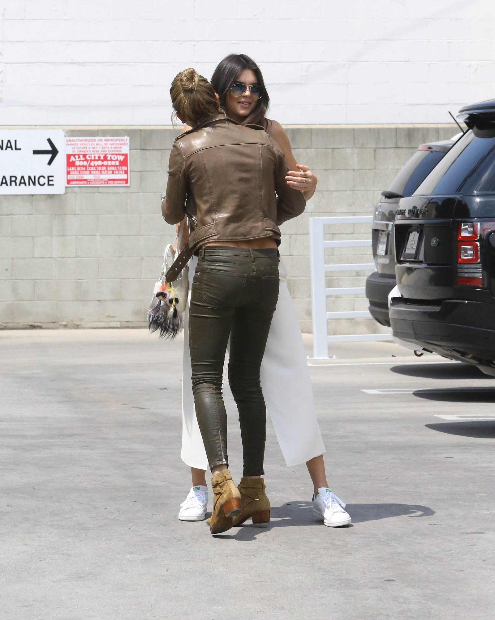 Hailey Baldwin visits a pancake house in West Hollywood