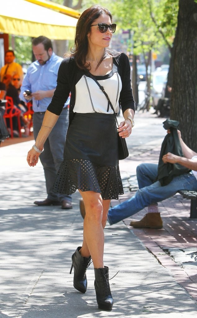 Bethenny Frankel spotted out for lunch at Bar Pitti