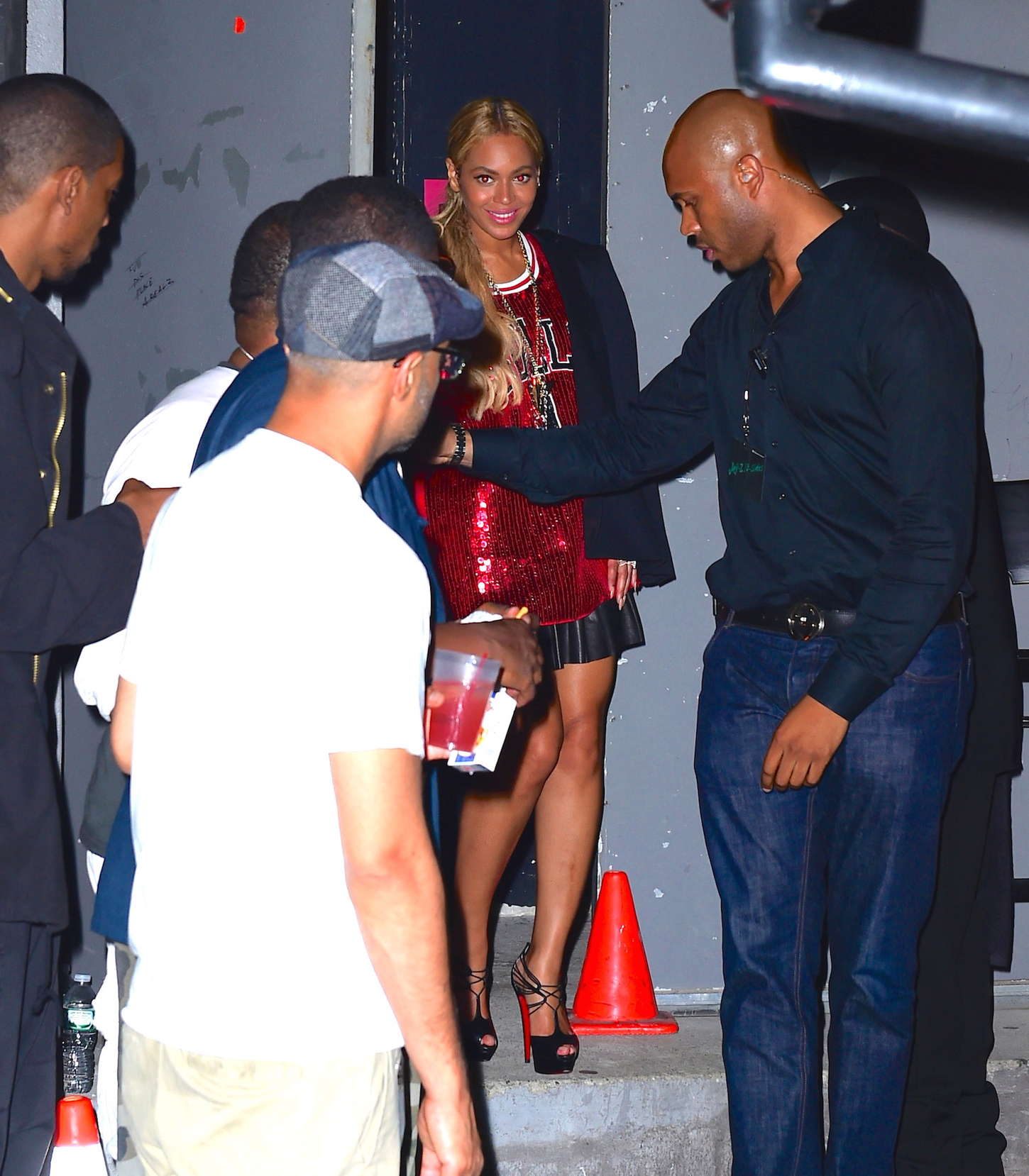 Beyonce leaving Terminal 5 in NYC