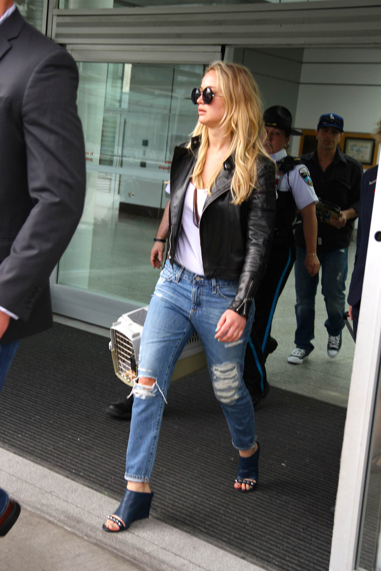 Jennifer Lawrence seen arriving at the Montreal airport
