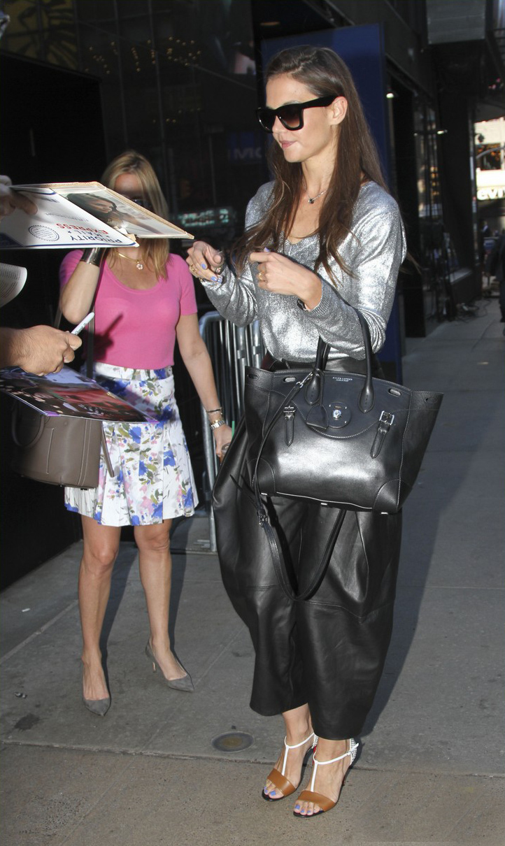 Katie Holmes arrives at Good Morning America