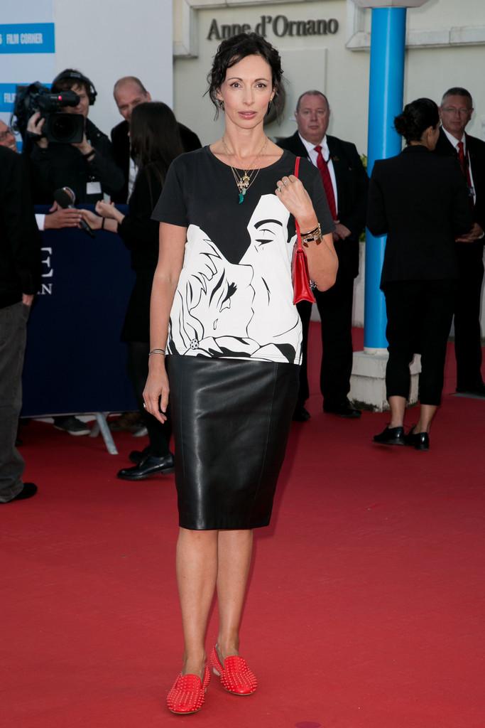 Geraldine Maillet attends the Jamais Entre Amis Premiere