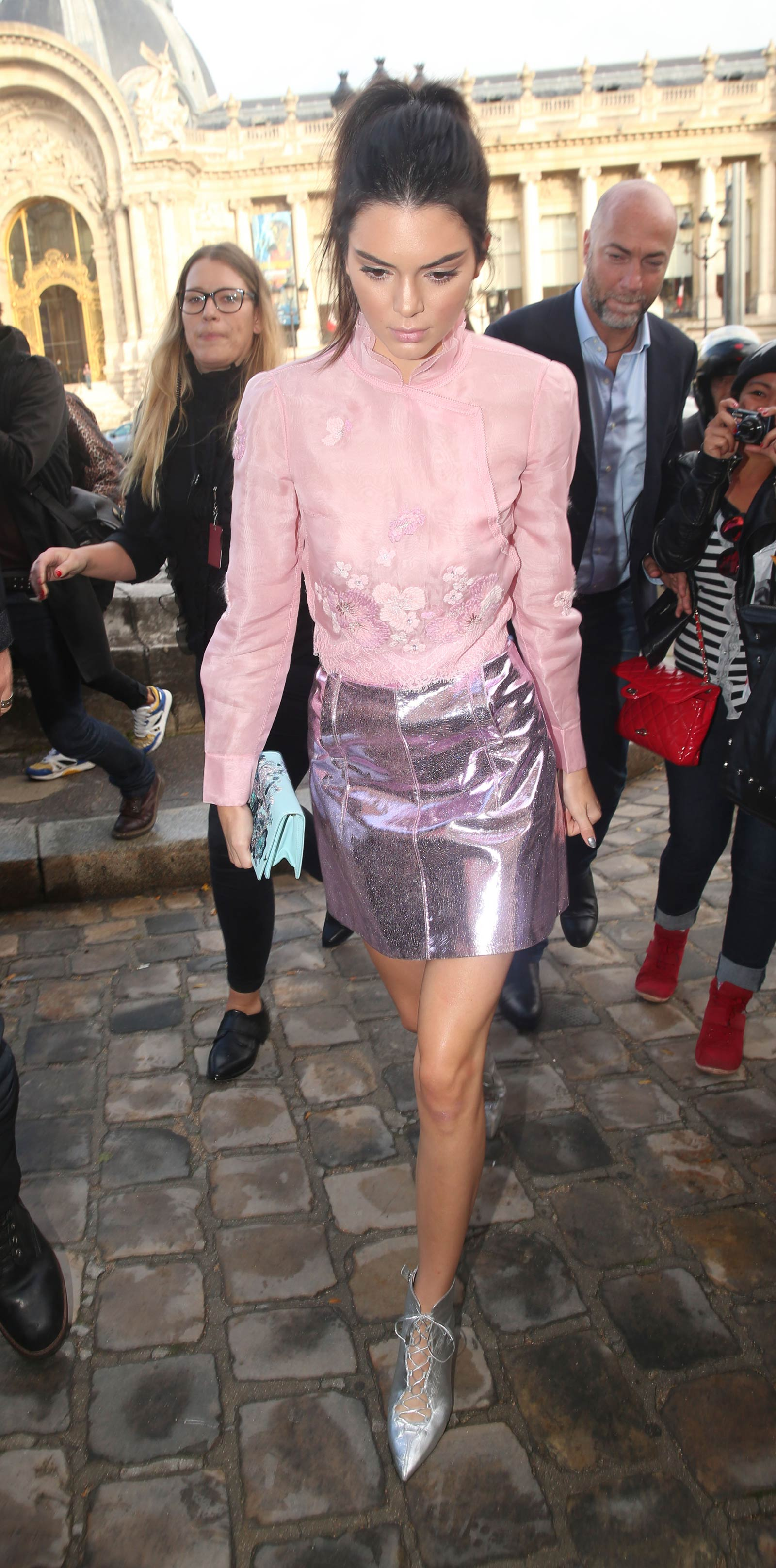 Kendall Jenner arriving at Shiatzy Chen Fashion Show