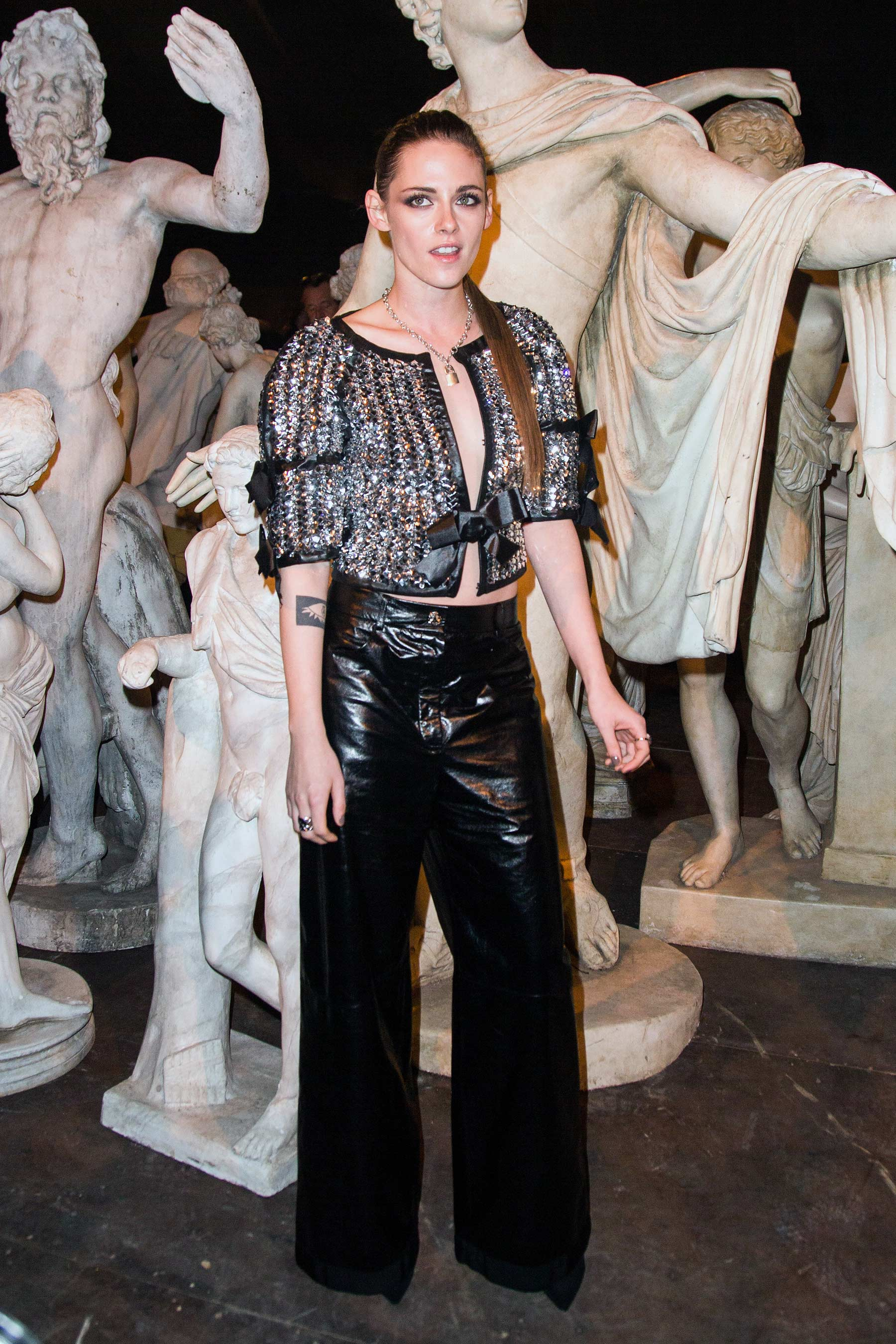 Kristen Stewart attends the Chanel Metiers d'Art 2015/16 Fashion Show
