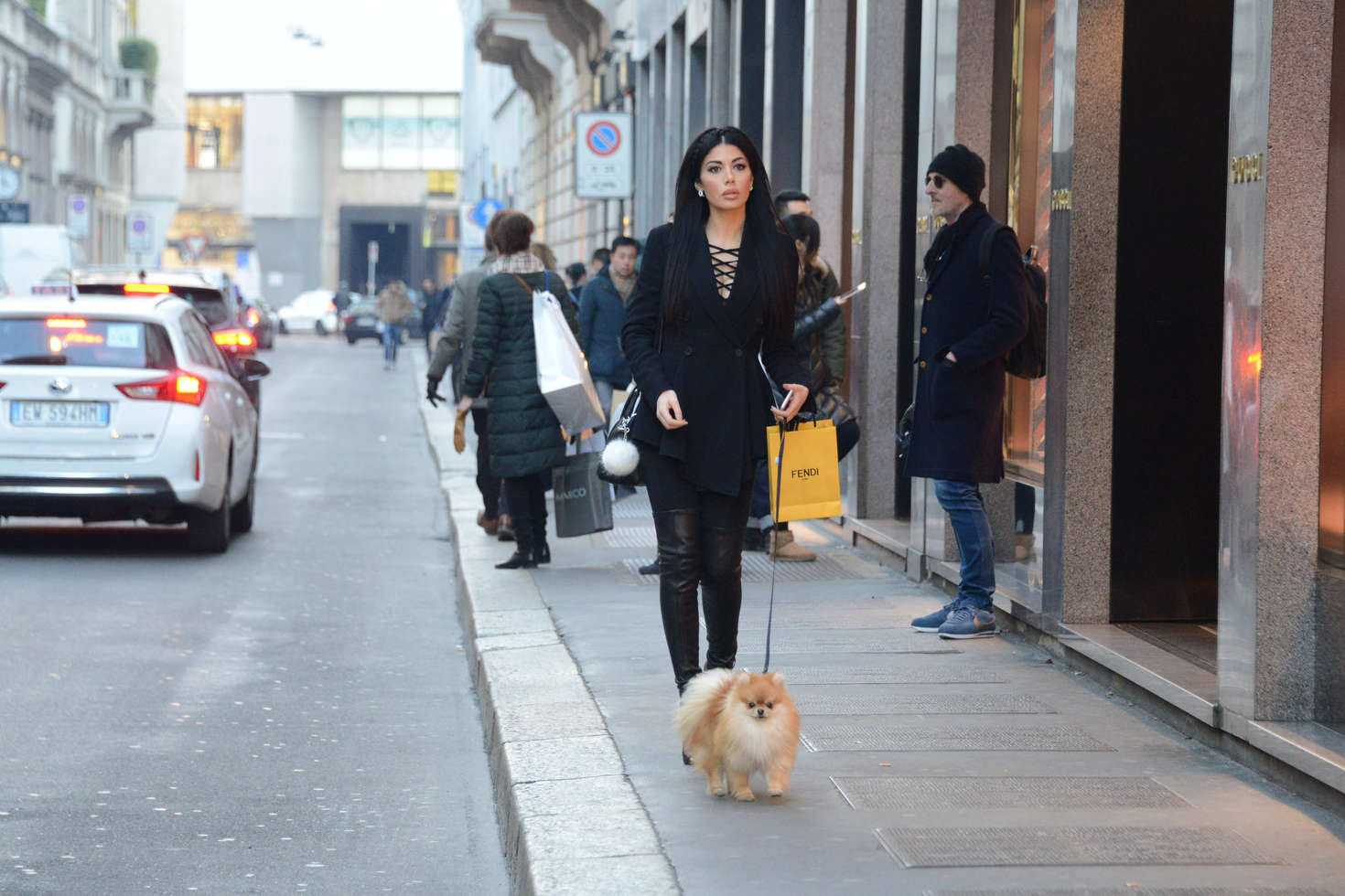 Alessandra Sorcinelli walking her dog