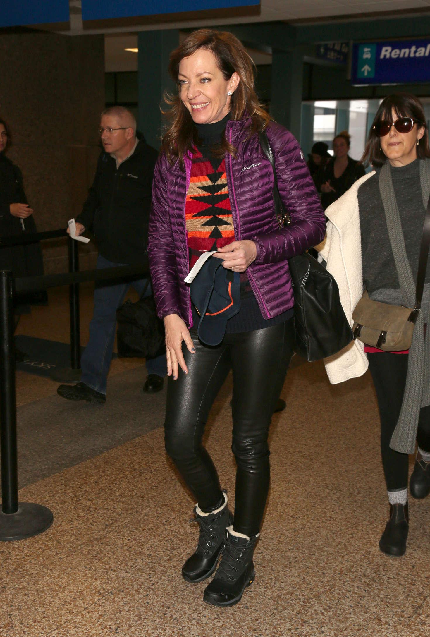 Allison Janney at Salt Lake City International Airport
