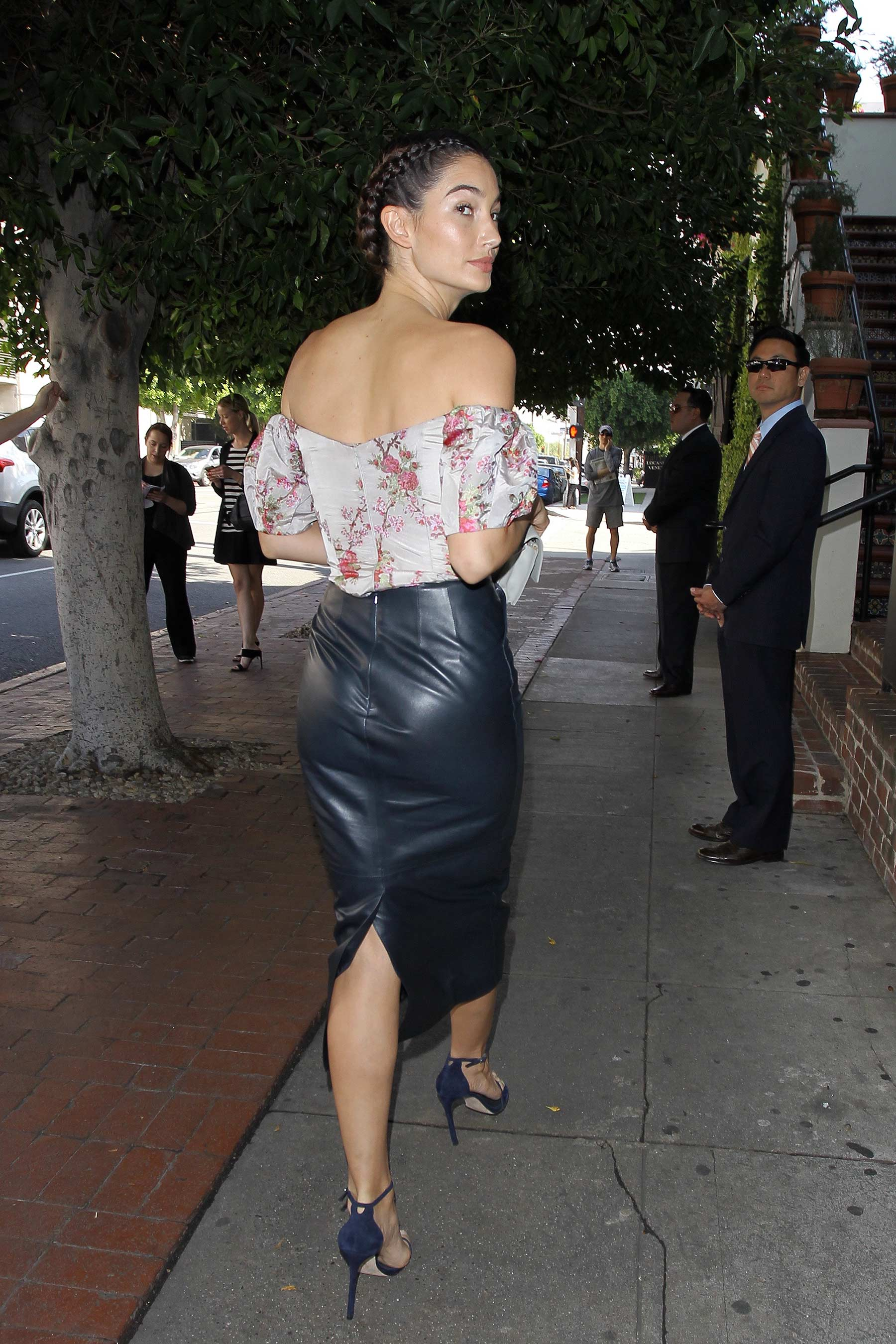 Lily Aldridge arrives at the Vanity Fair Luncheon