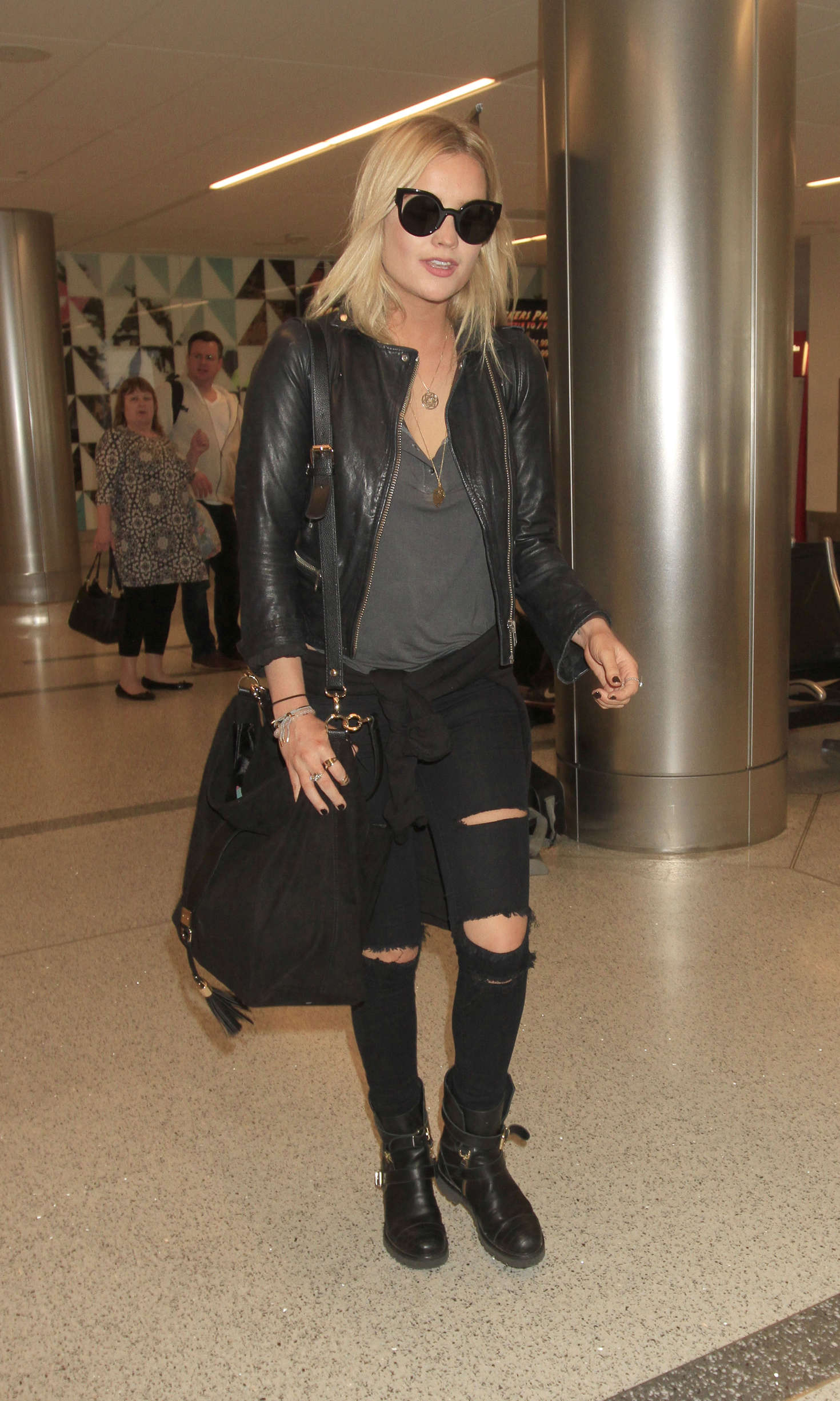 Laura Whitmore arriving at LAX Airport