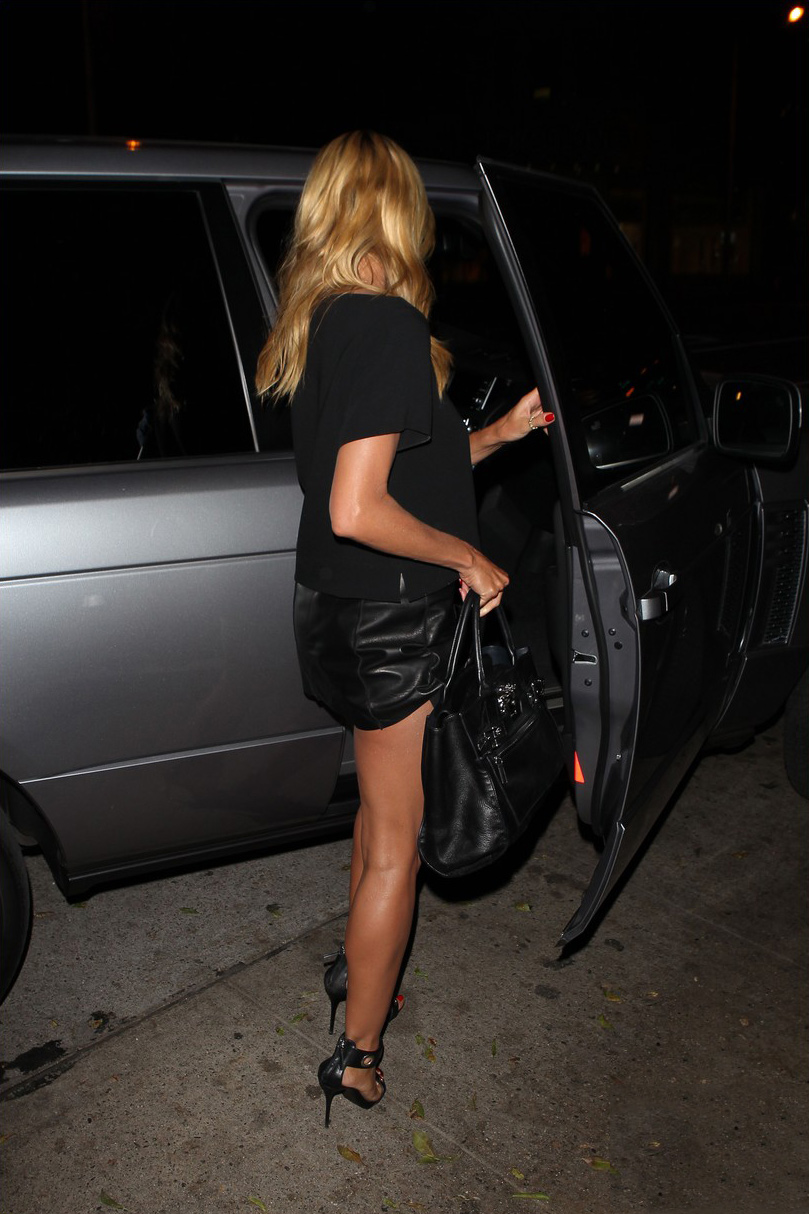 Heidi Klum leaving Madeo Restaurant