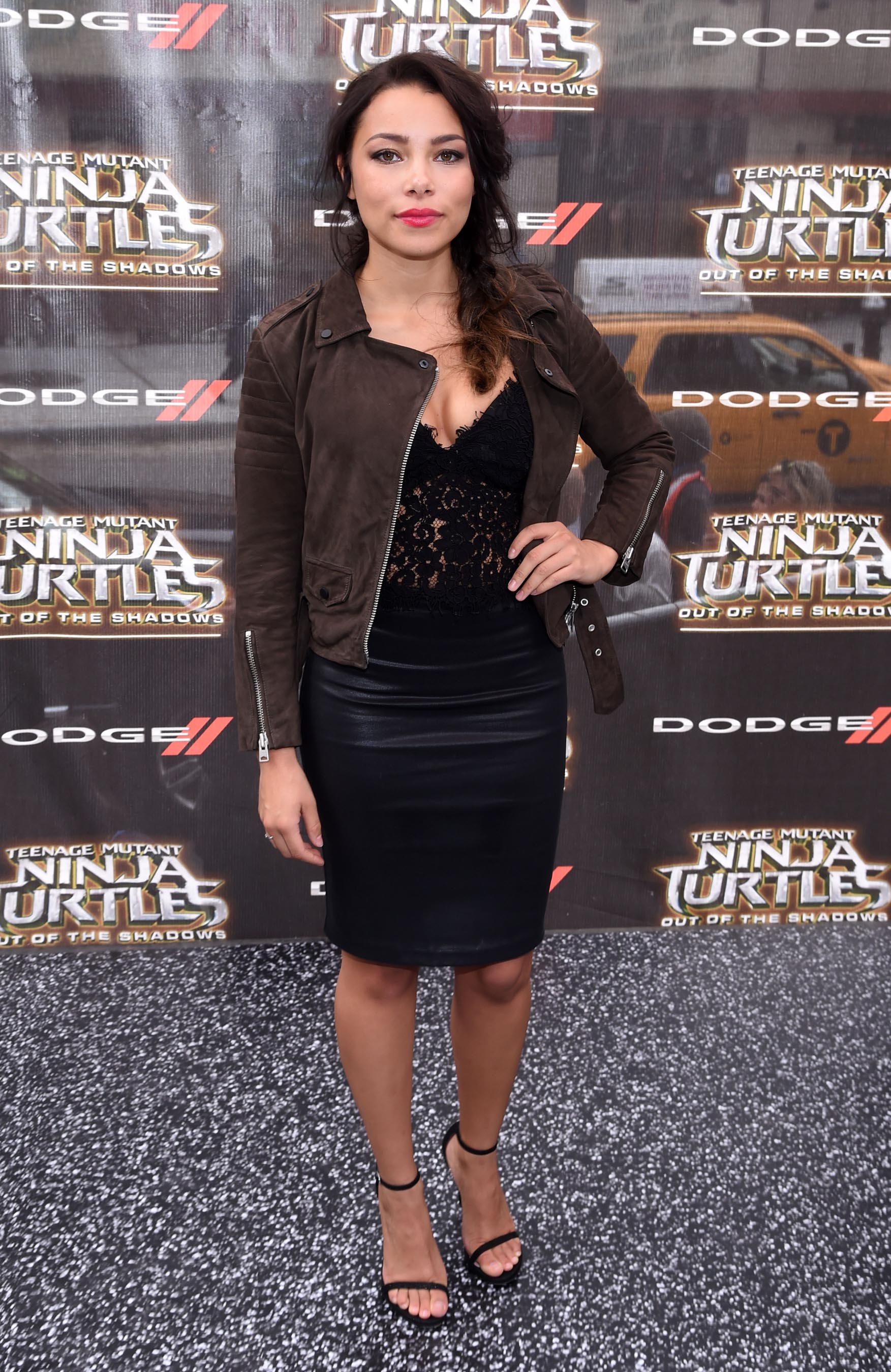 Jessica Parker Kennedy attends Teenage Mutant Ninja Turtles Out of the Shadows premiere