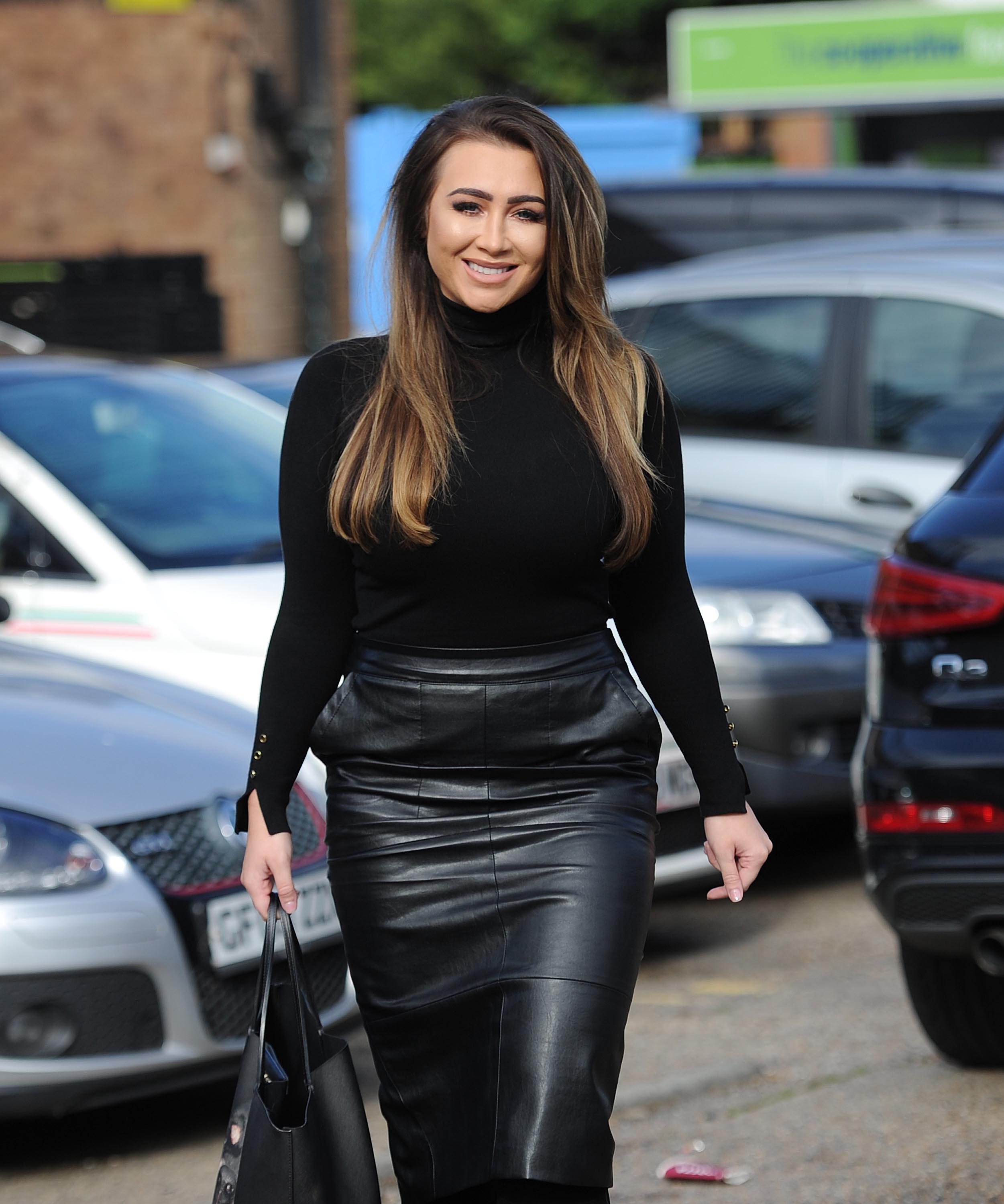 lauren goodger films new towie scenes