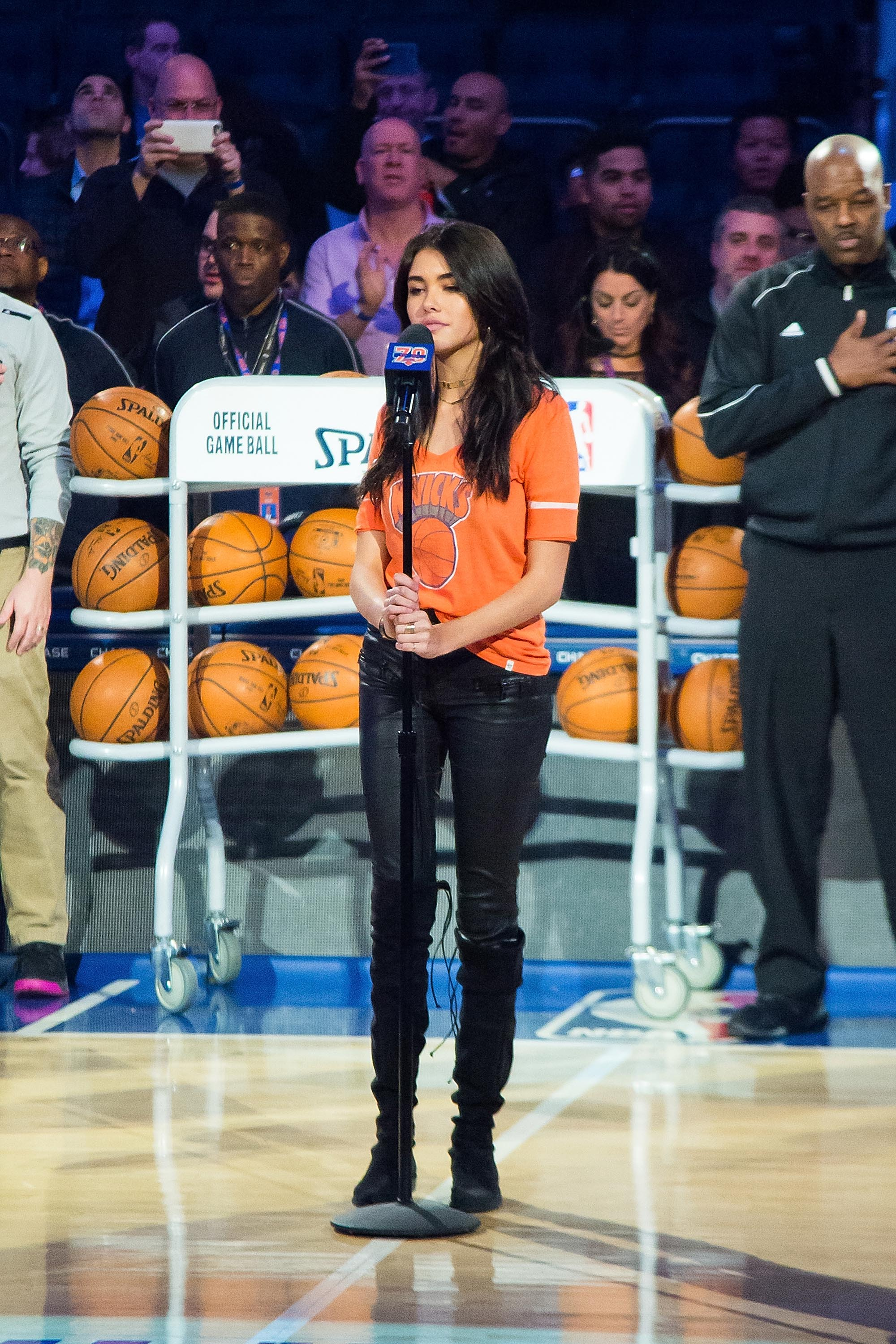 Madison (MS) United States  City pictures : Madison Beer sings the United States National Anthem