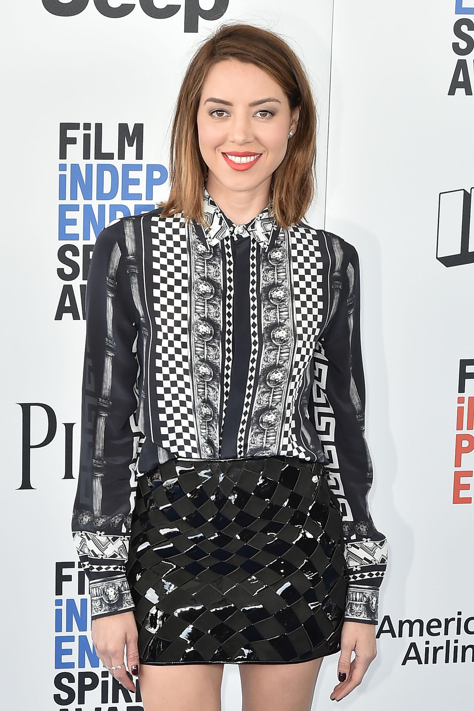 Aubrey Plaza attends the 2017 Film Independent Spirit Awards