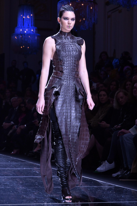 Fashion show paris 2017 - Gallery Leather Celebrities
