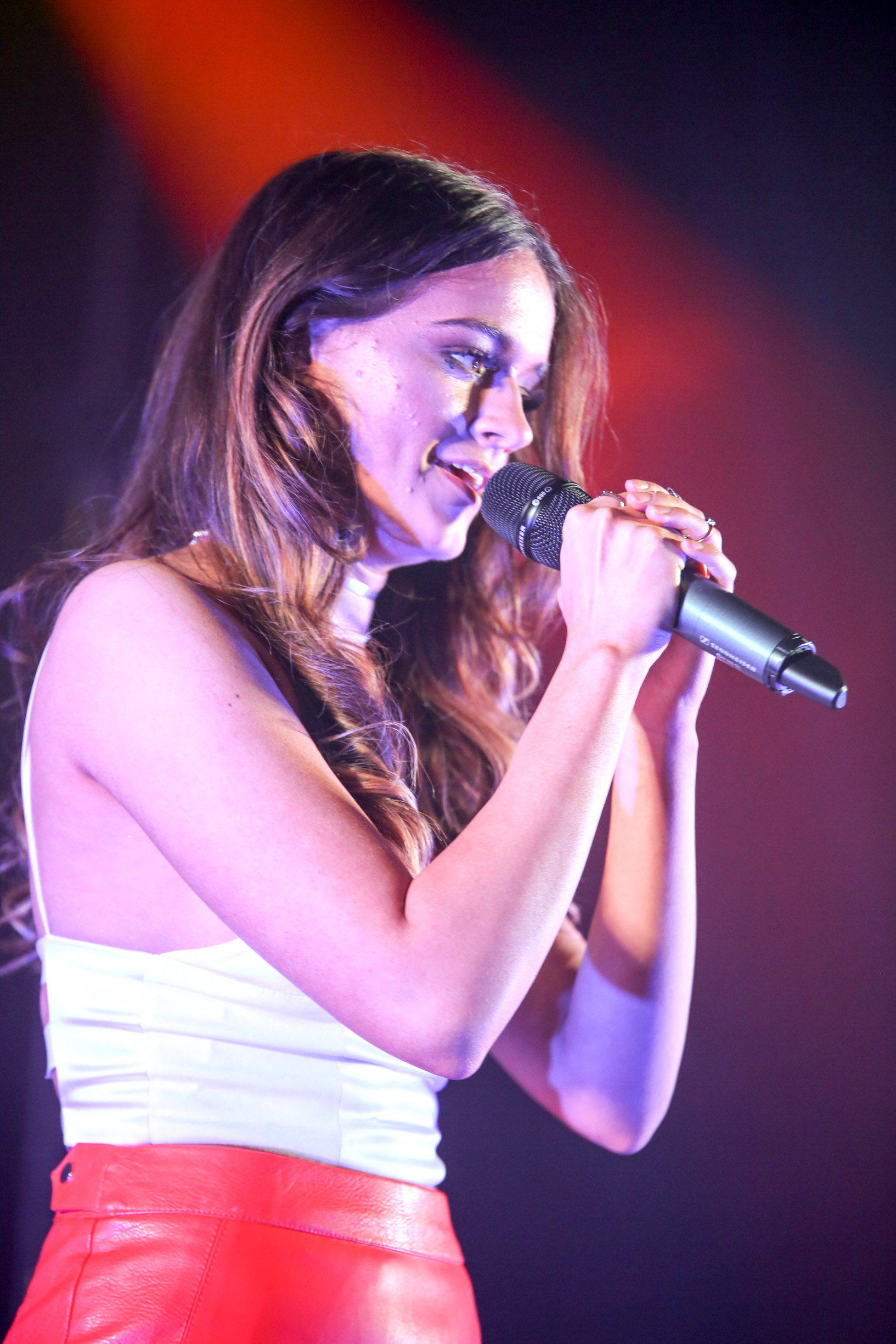 Emily Middlemas performing at Beyond The Lights