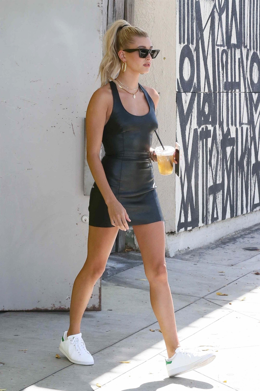 Hailey Baldwin out in LA