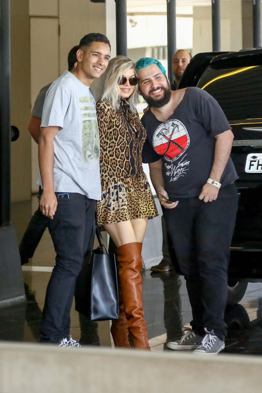 Fergie arriving in Rio de Janeiro
