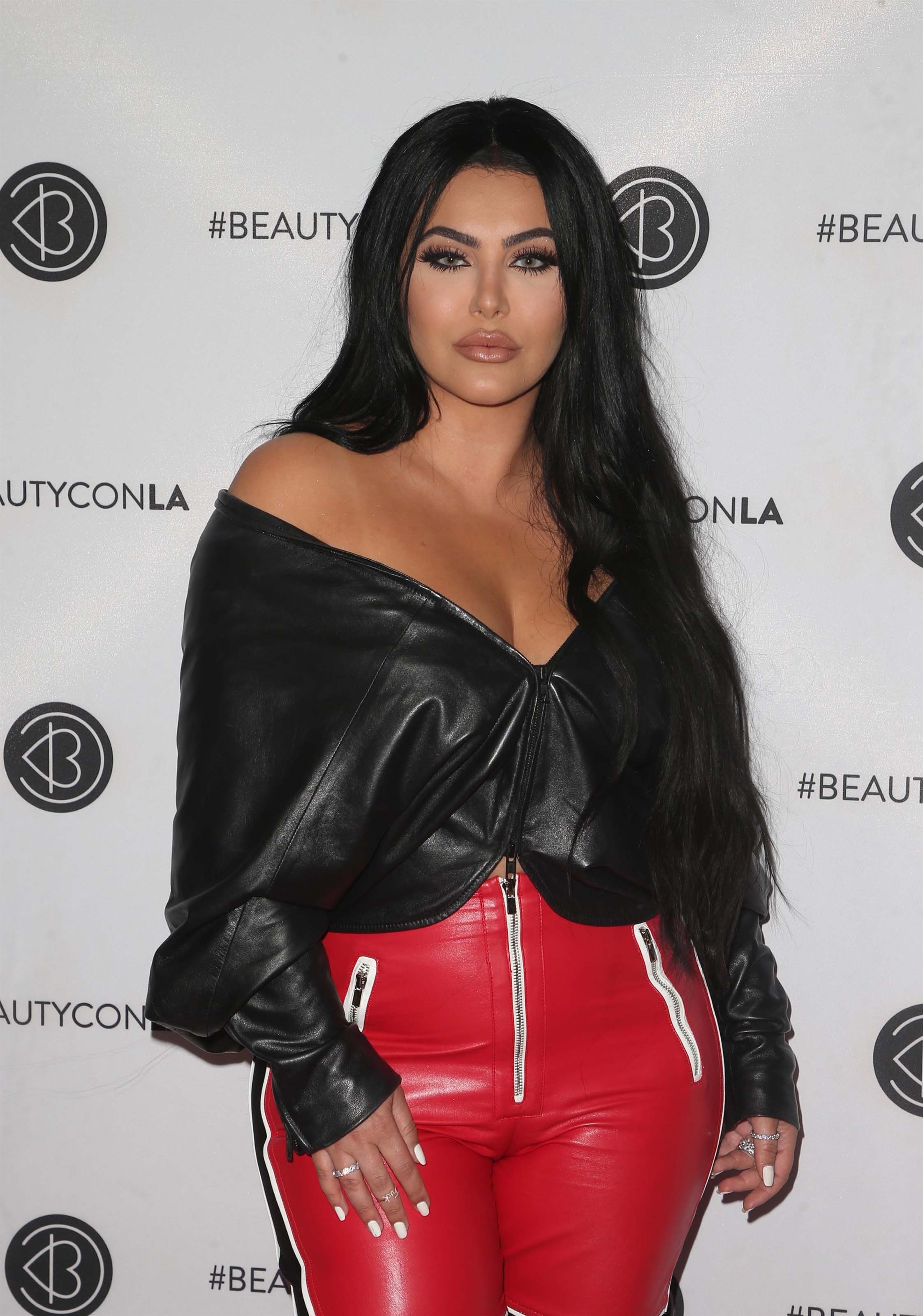 Hrush Achemyan attends Los Angeles Beautycon Festival