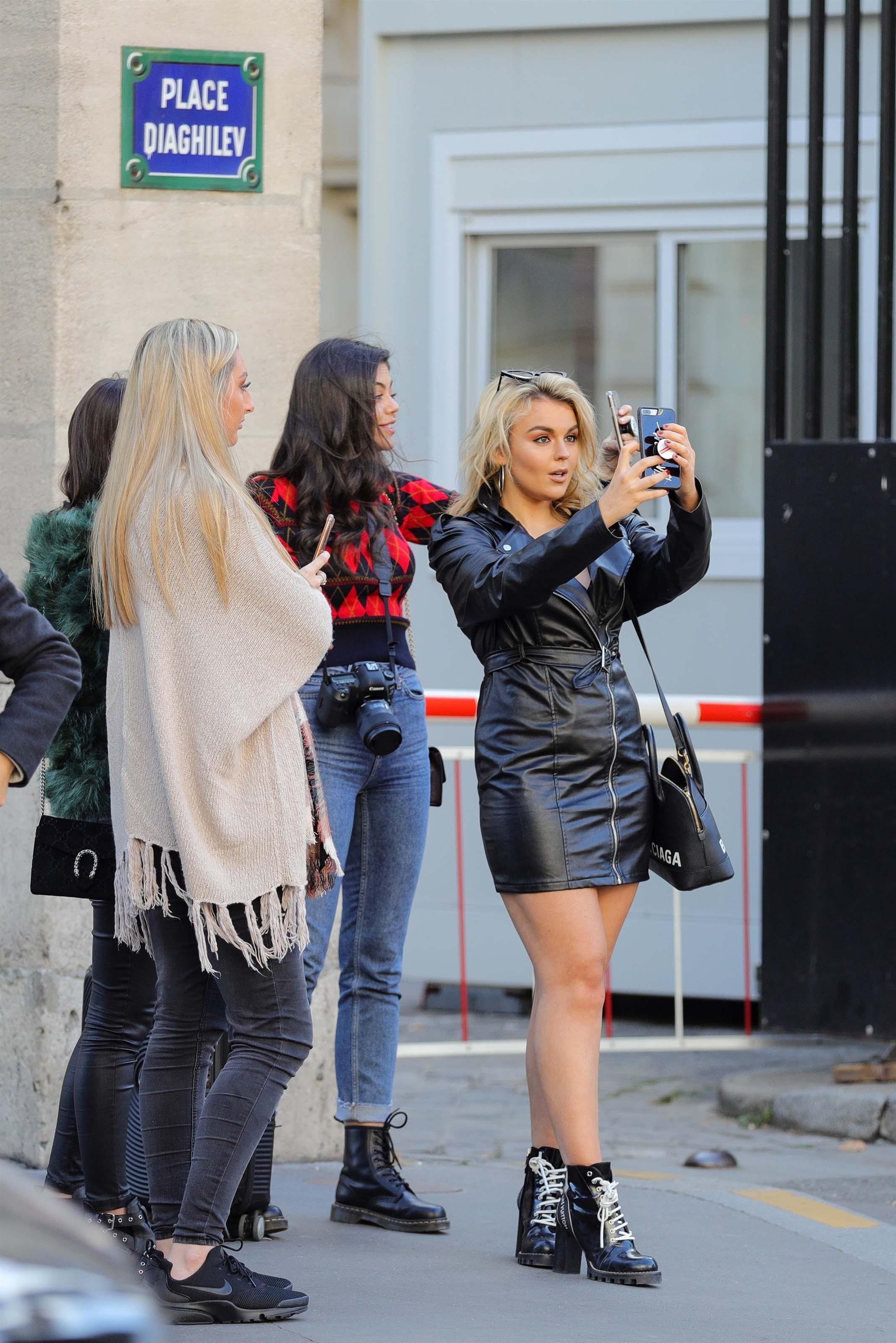 Tallia Storm seen in Paris