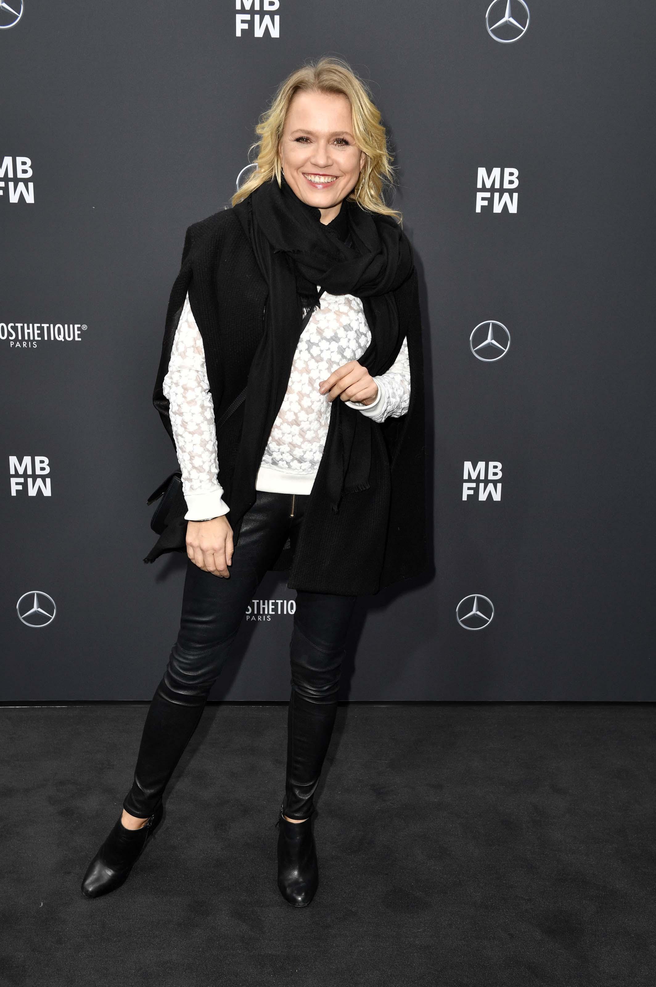 Nova Meierhenrich attends Irene Luft Modenschau