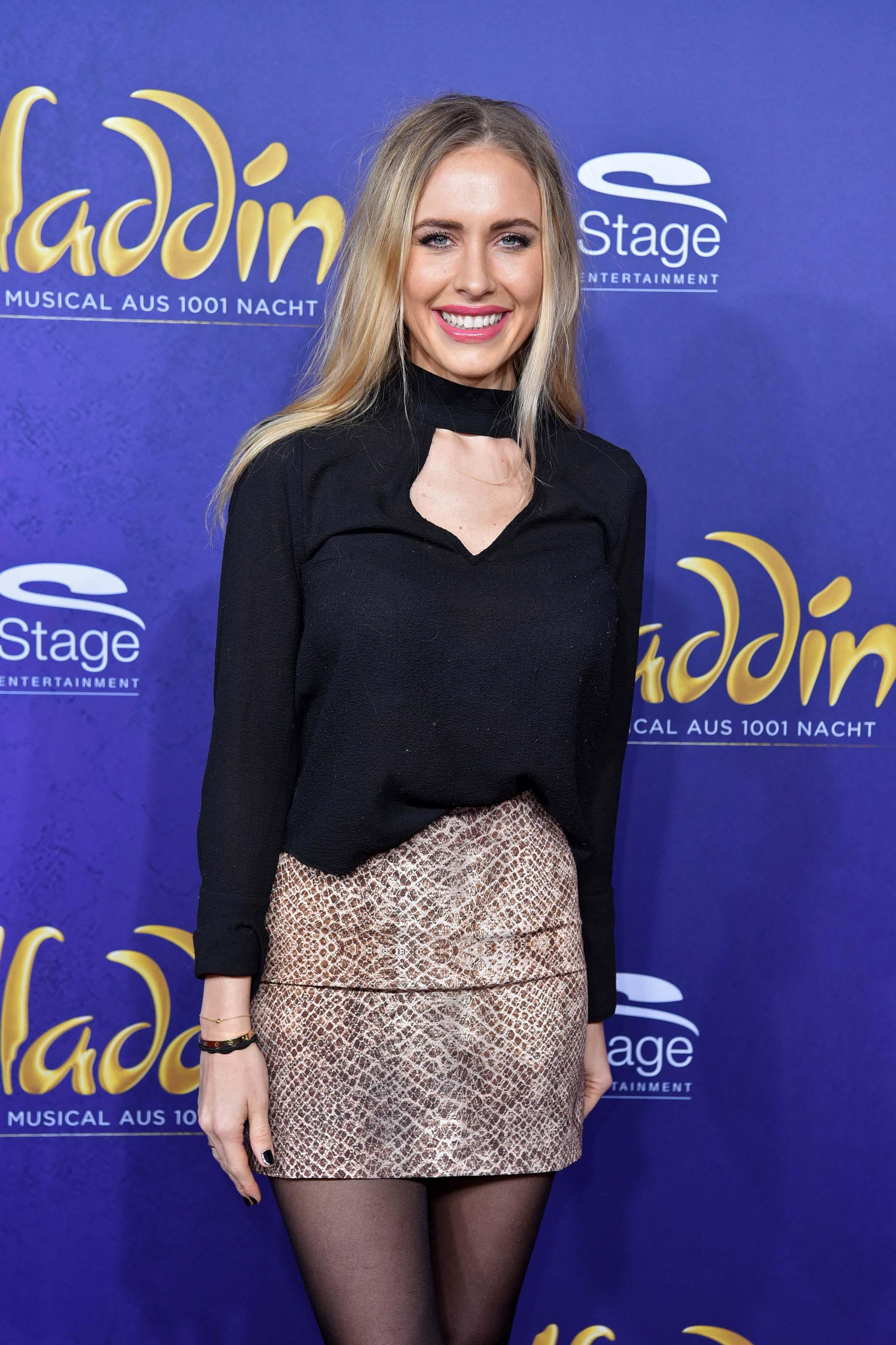 Alena Fritz attending Premiere von Disneys ALADDIN