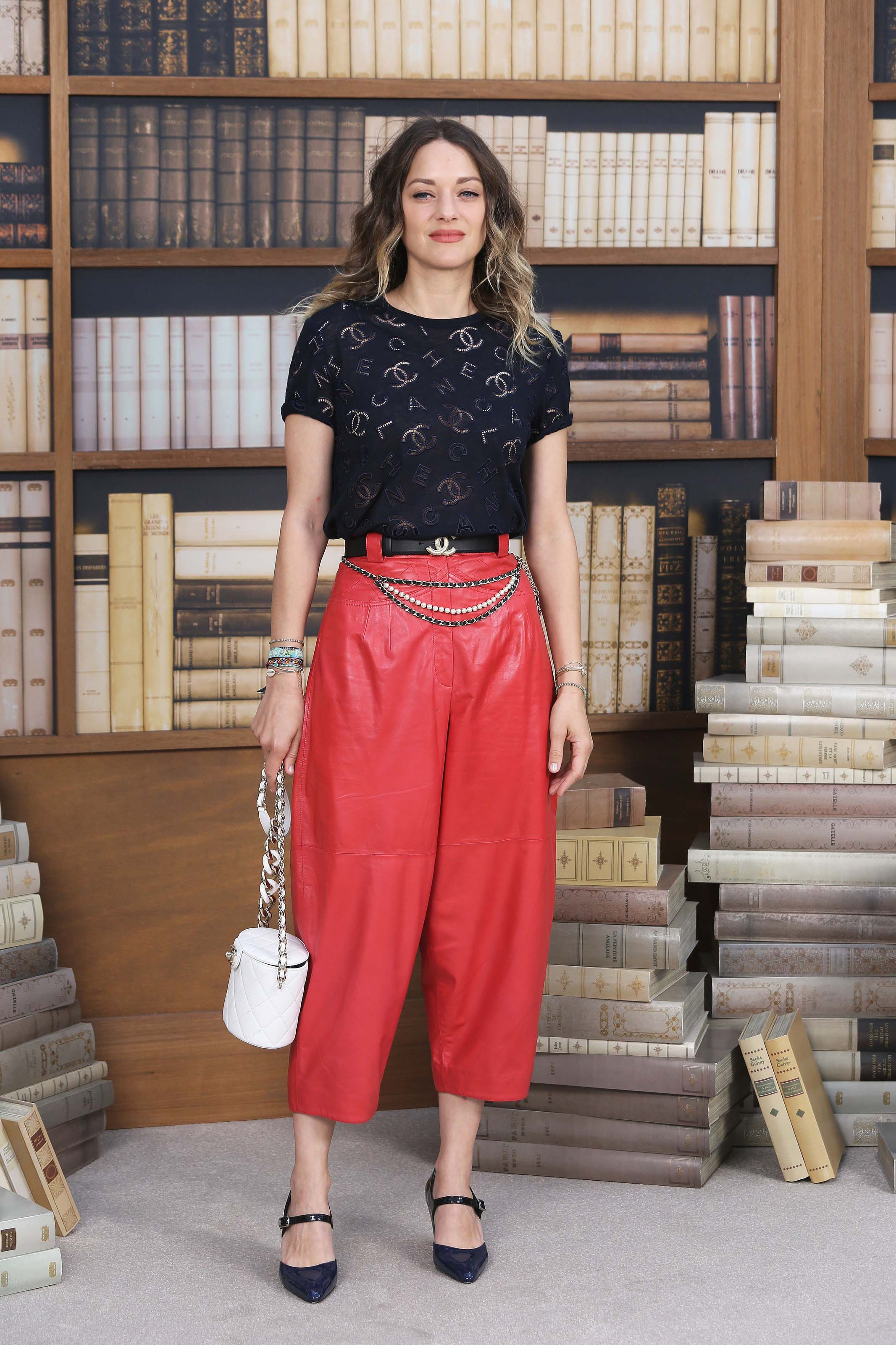 Marion Cotillard attends Chanel Haute Couture