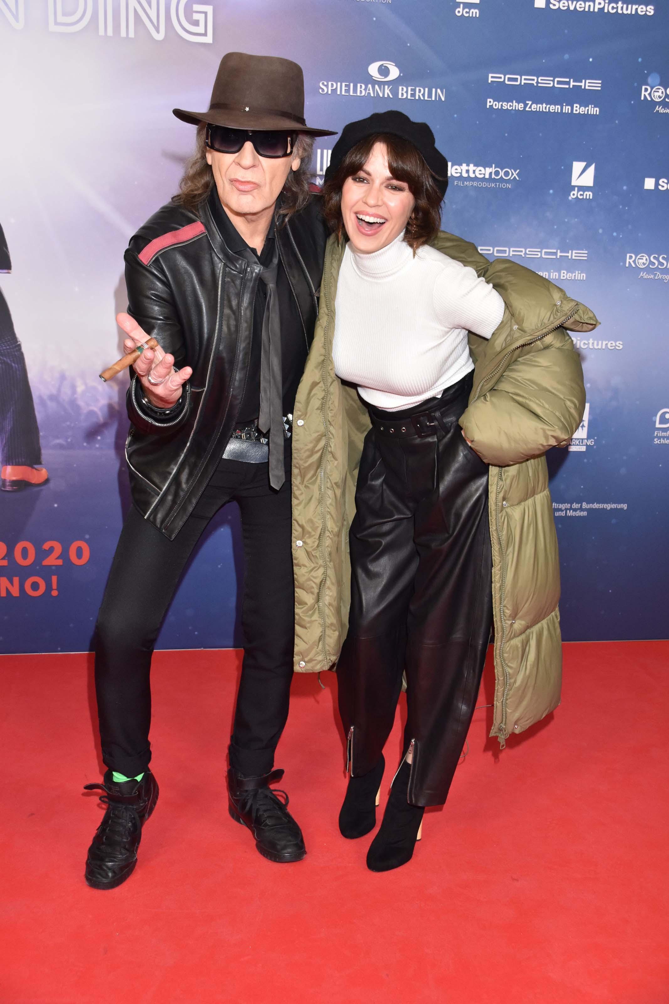 Natalia Avelon attends Premiere von 'Lindenberg! Mach dein Ding'