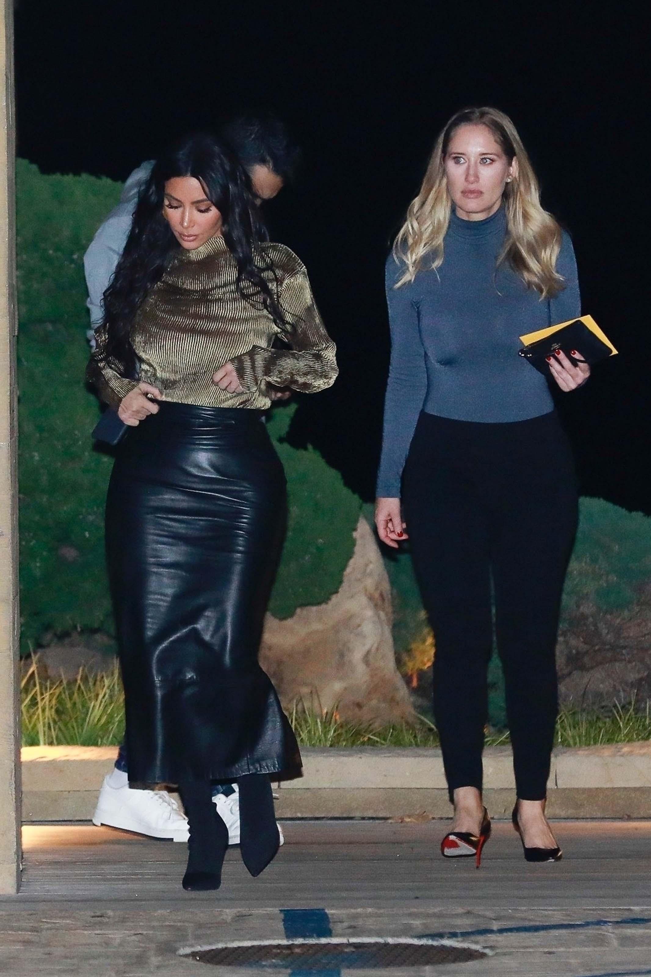 Kim Kardashian leaves Nobu after dinner