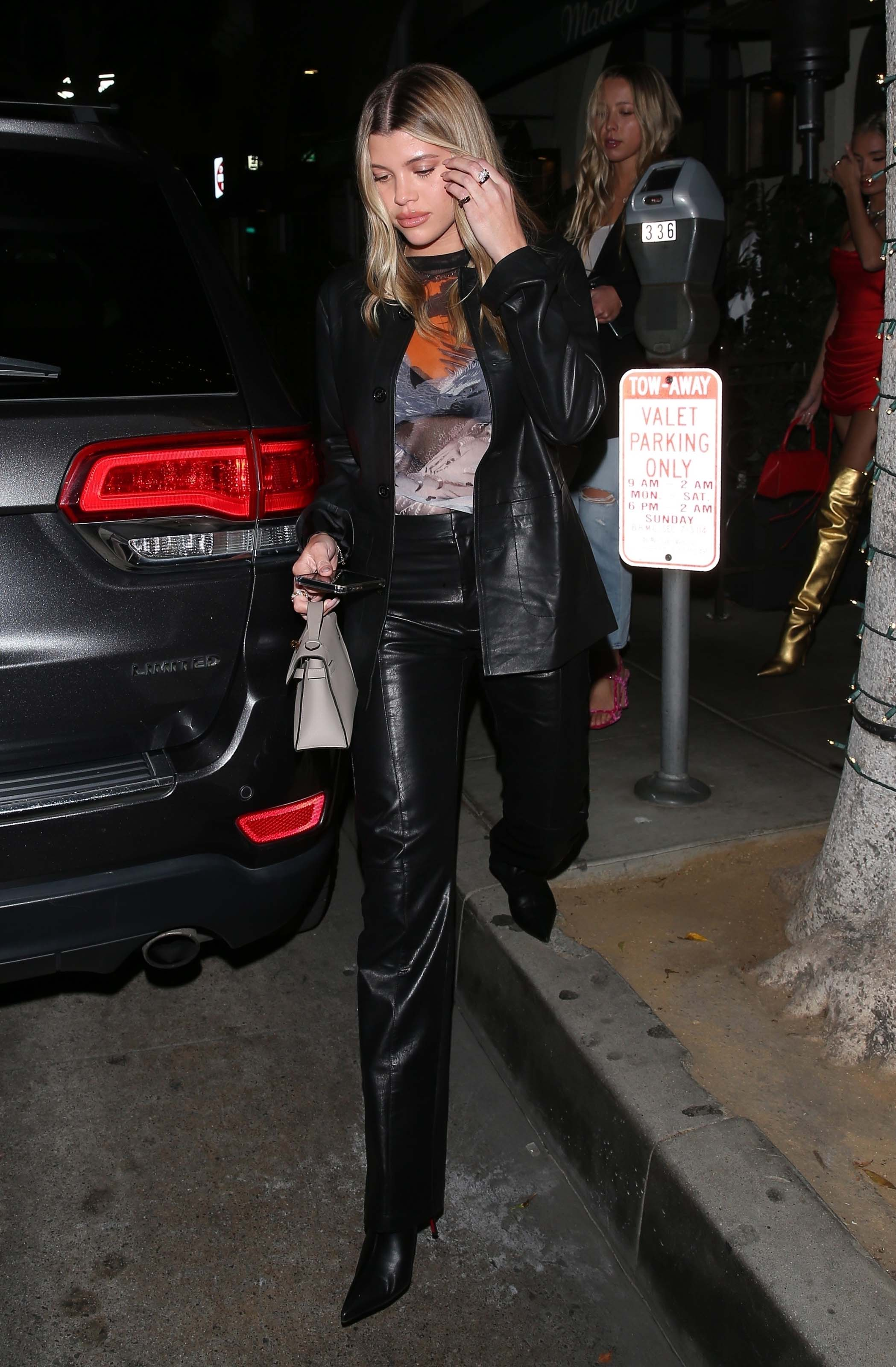 Sofia Richie & Pia Mia Perez leave after dinner together