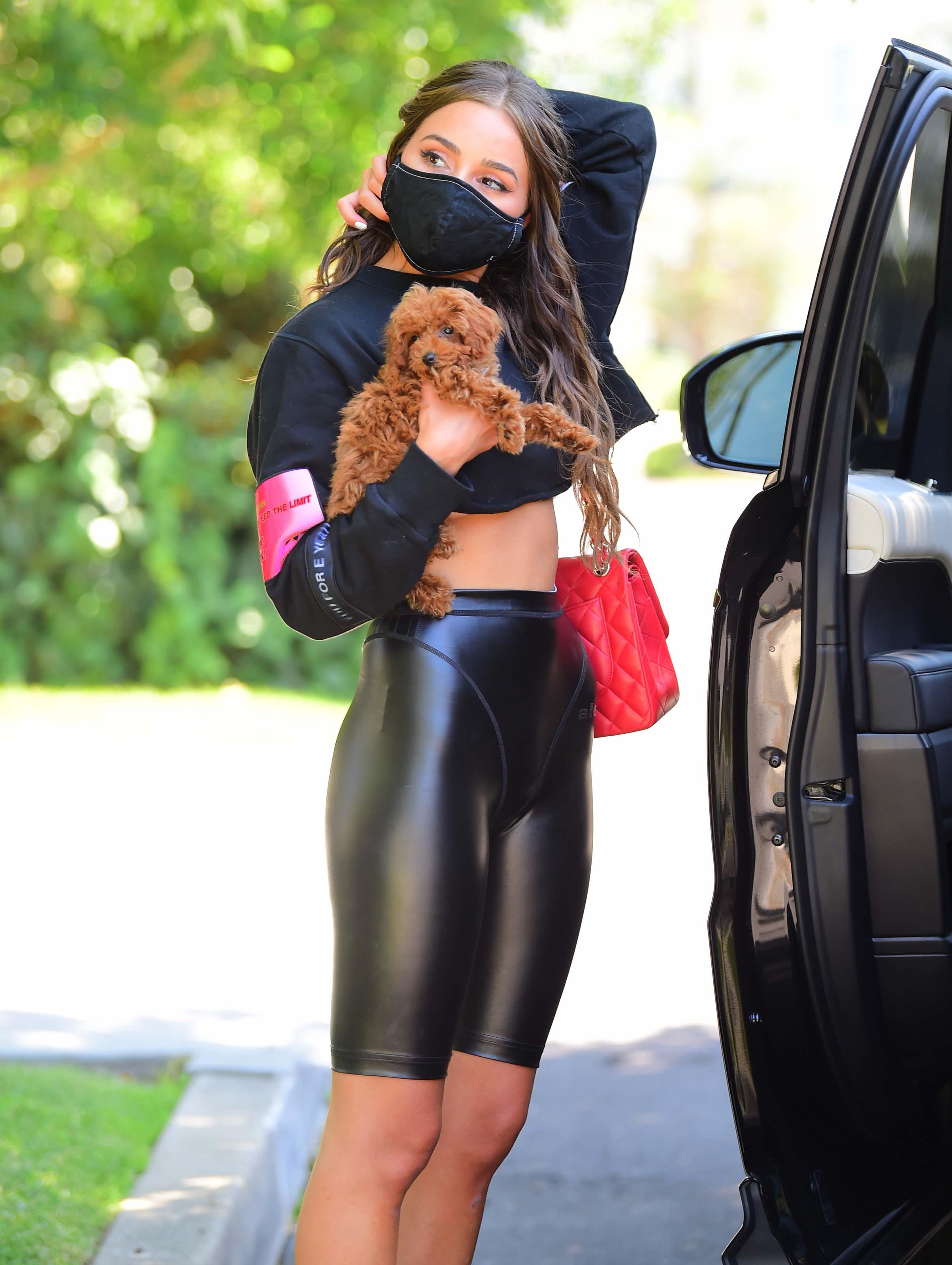 Olivia Culpo looks fantastic as she visits a friend's house